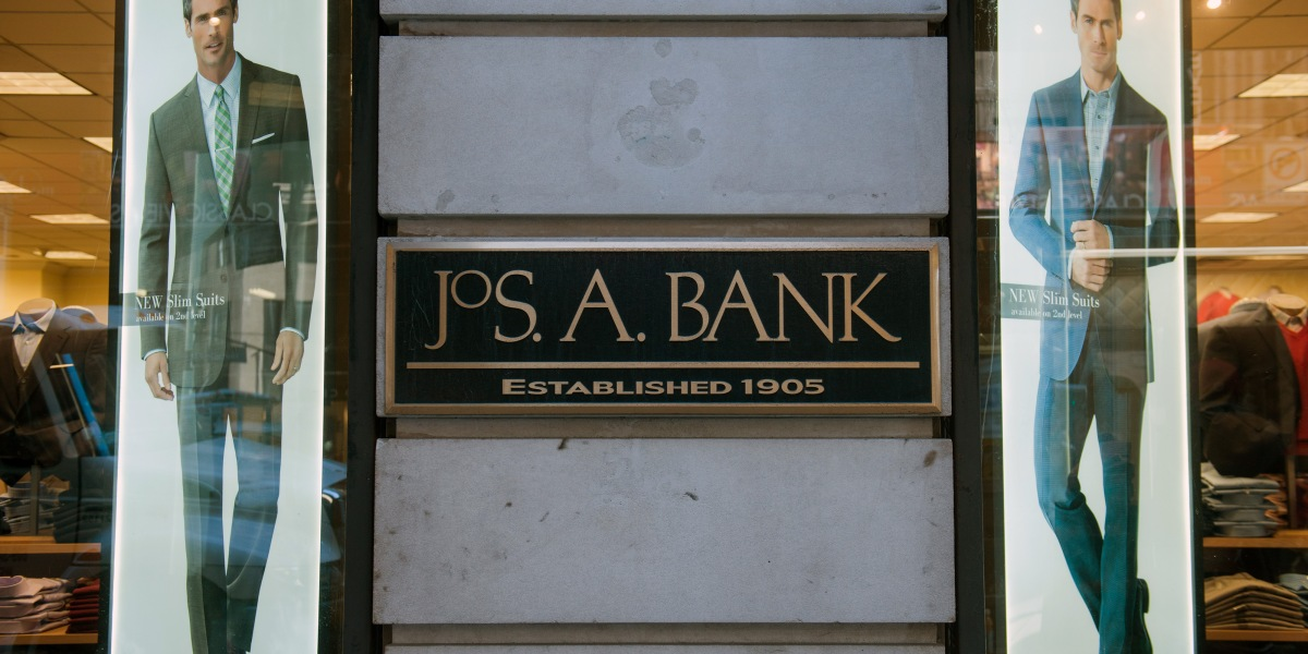 Men's Wearhouse Earnings Takes A Beating Because of Jos  A Bank Deal