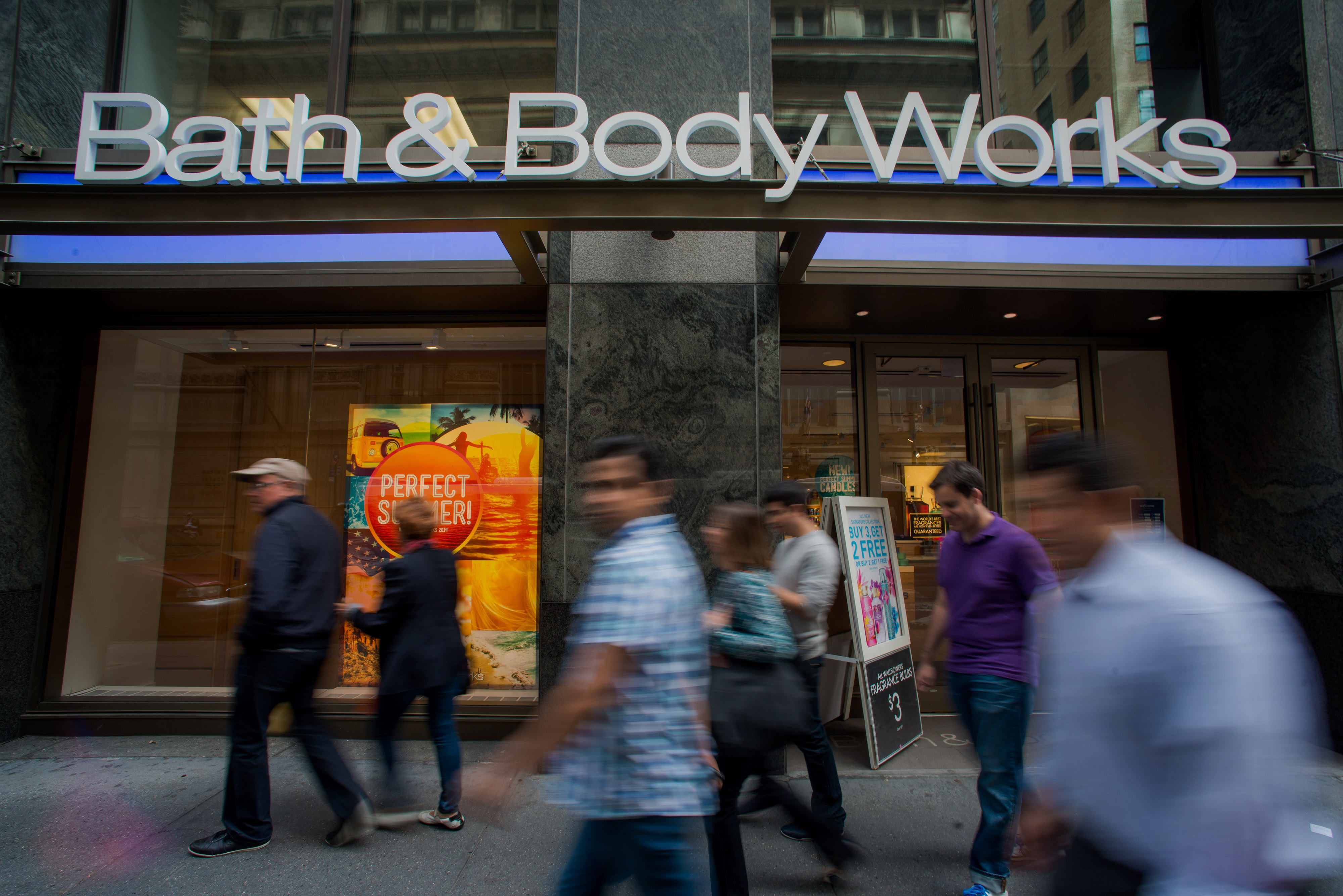 L Brands Store Locations Ahead Of Earnings Figures