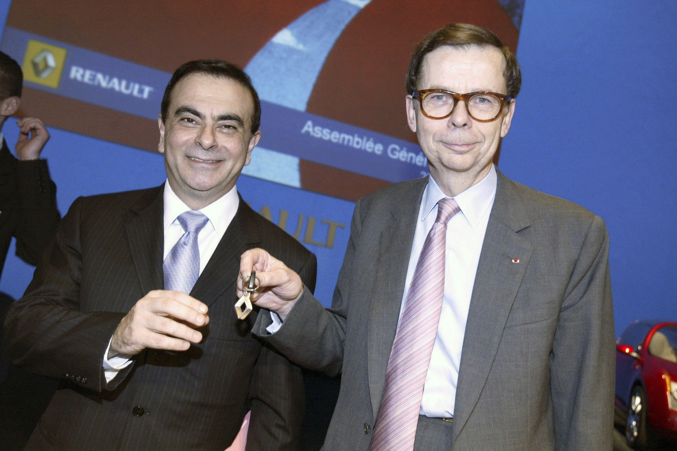 Louis Schweitzer, right, non-executive chairman of Renault,