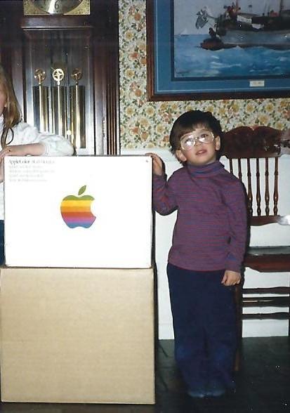 John - The first Apple arrives! Jan1988