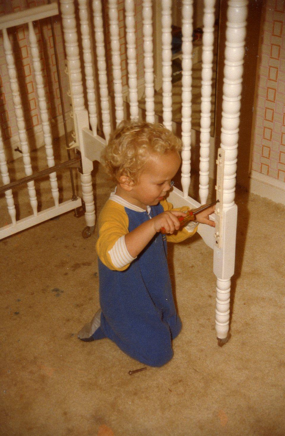 WRA Dismantling his crib
