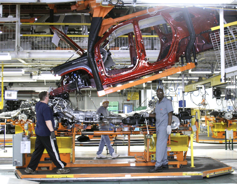 Treasury Secretary Geithner Tours Chrysler Assembly Plant