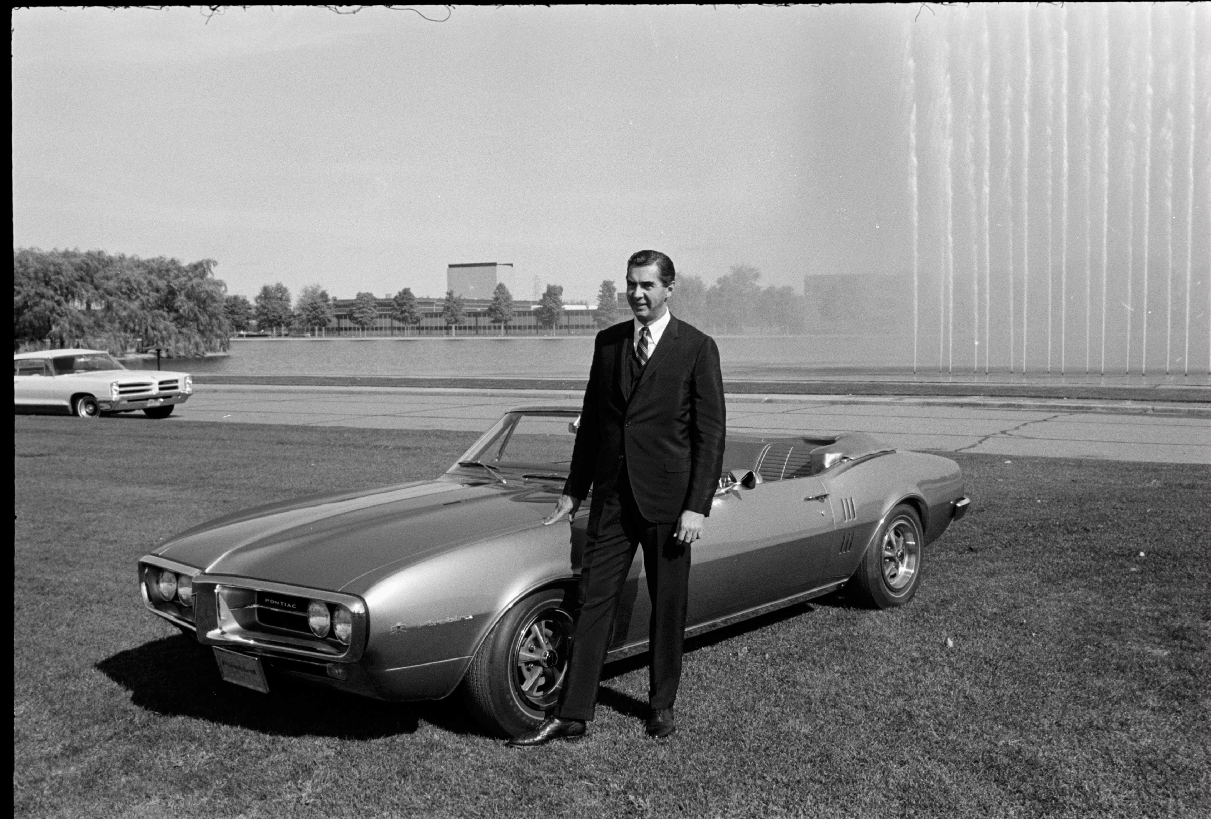 1967 Pontiac Firebird - John Delorean