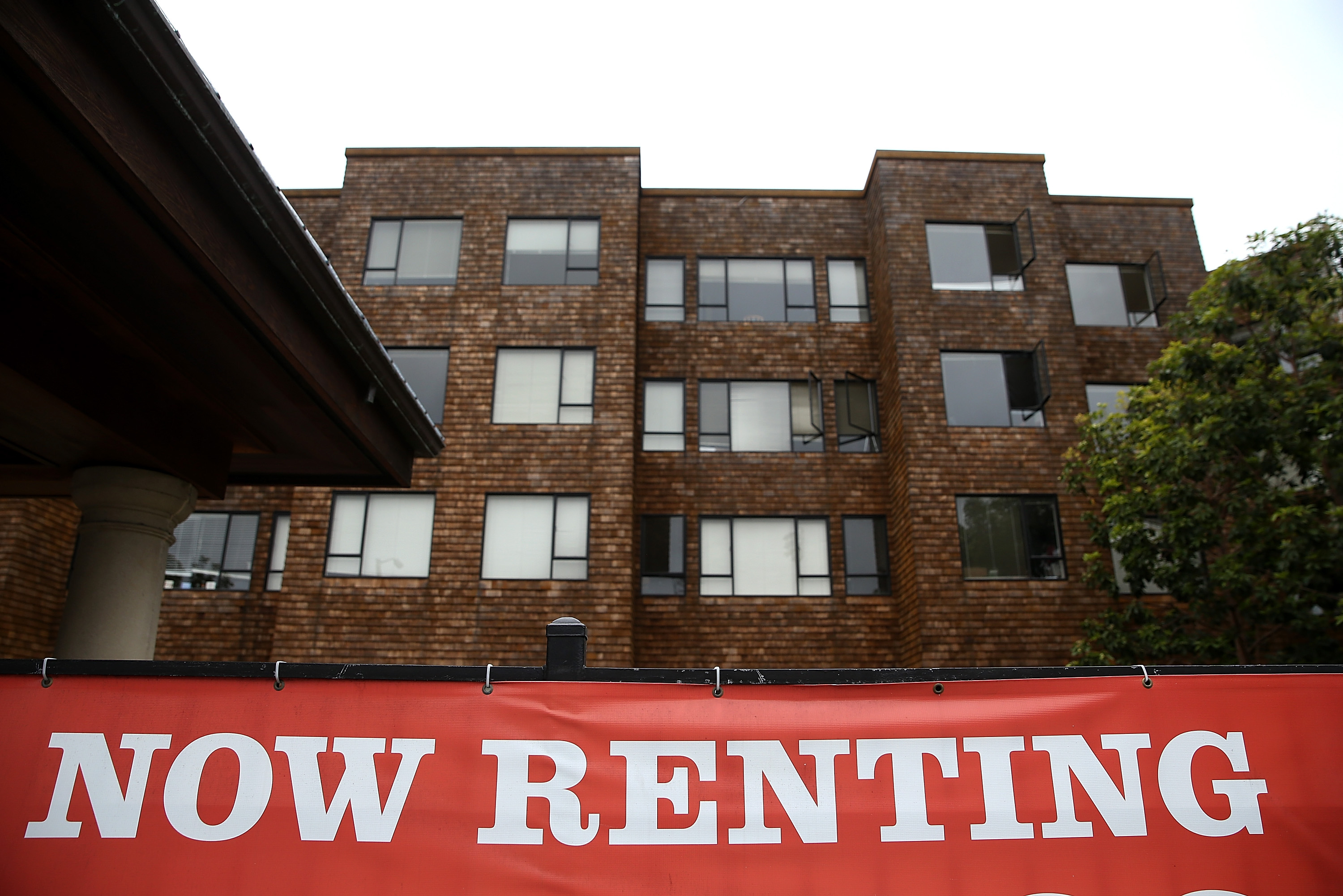 Apartments for rent in San Francisco on April 21, 2015.