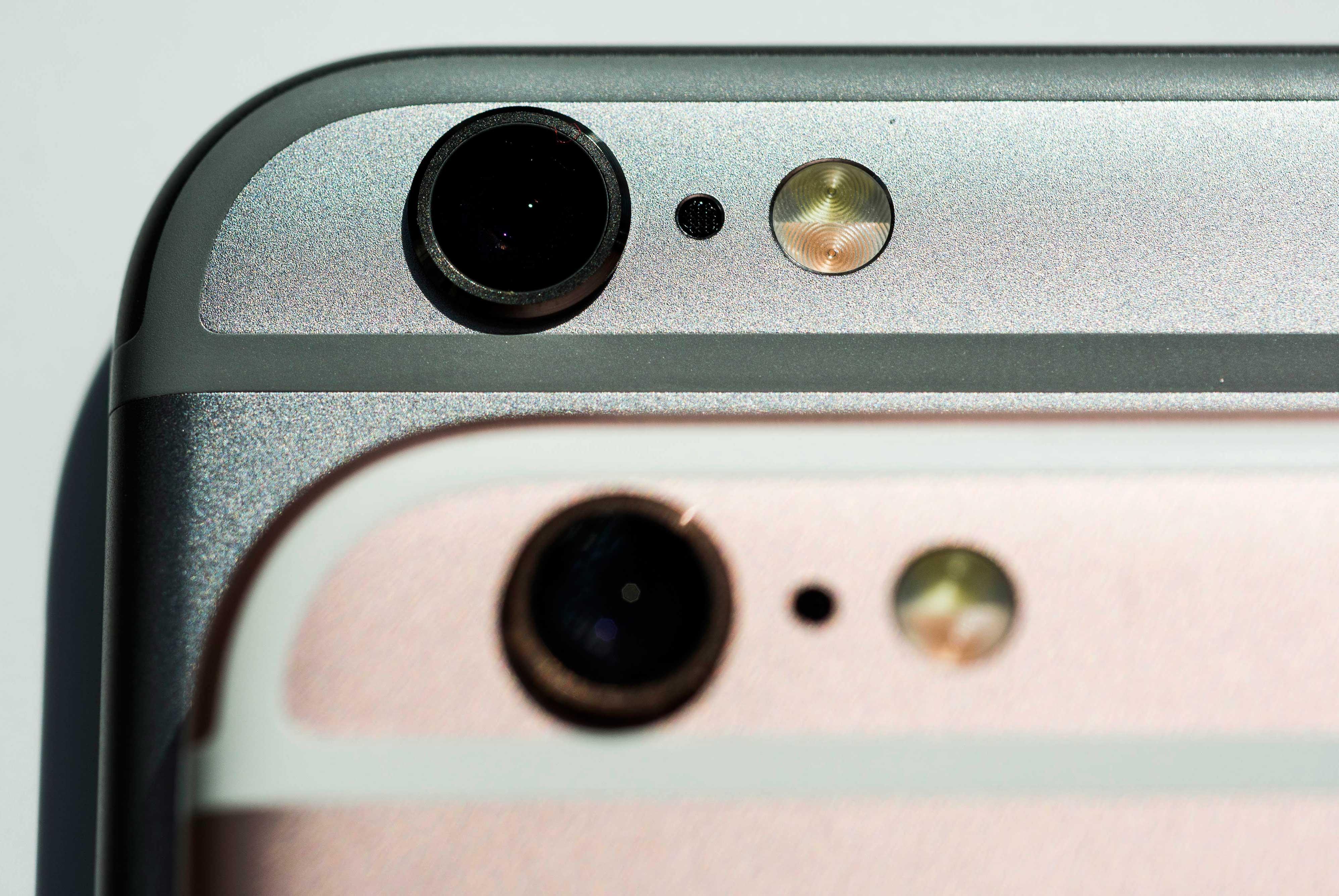 Unboxing Apple Inc. iPhone 6s