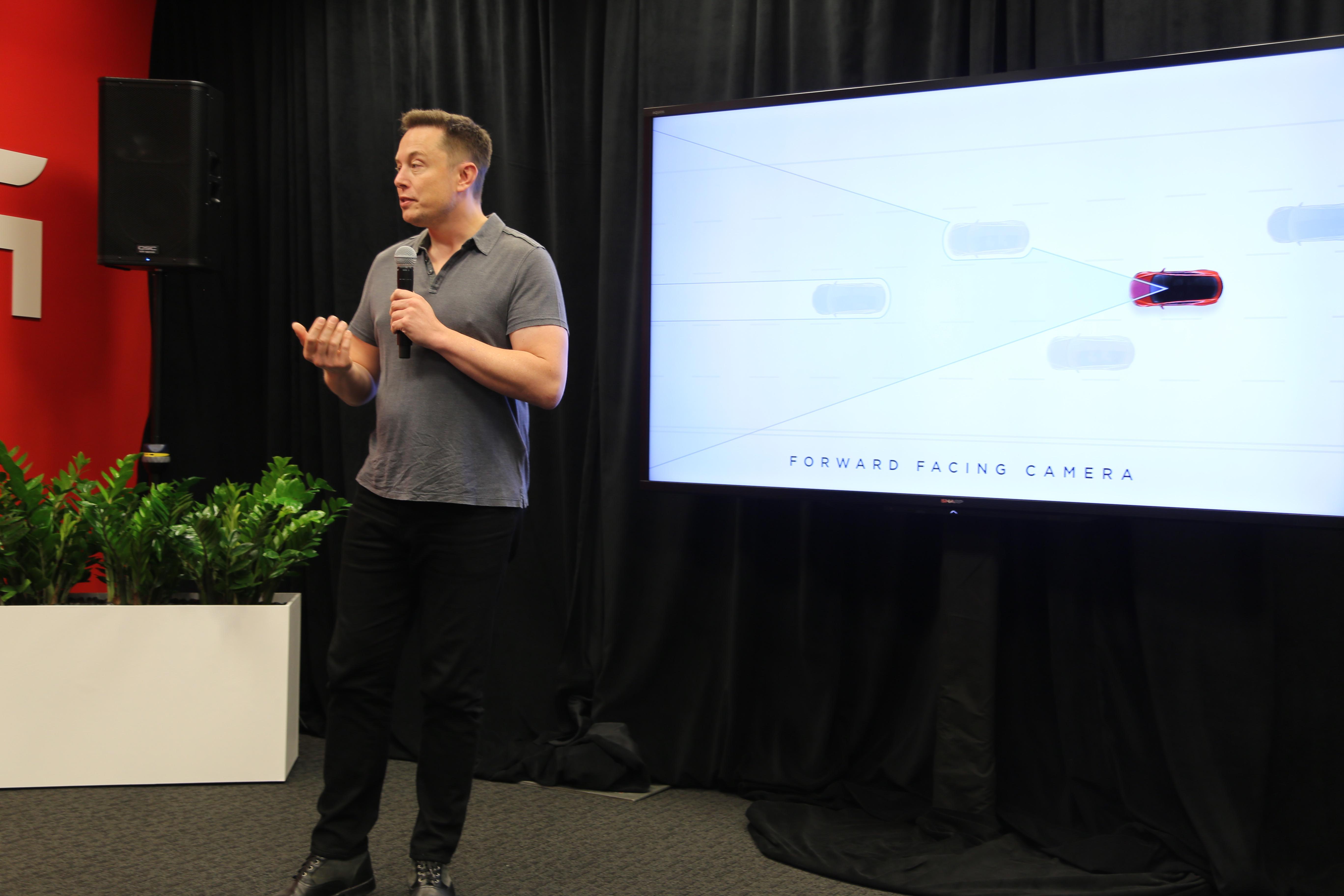 How Tesla's autopilot learns | Fortune