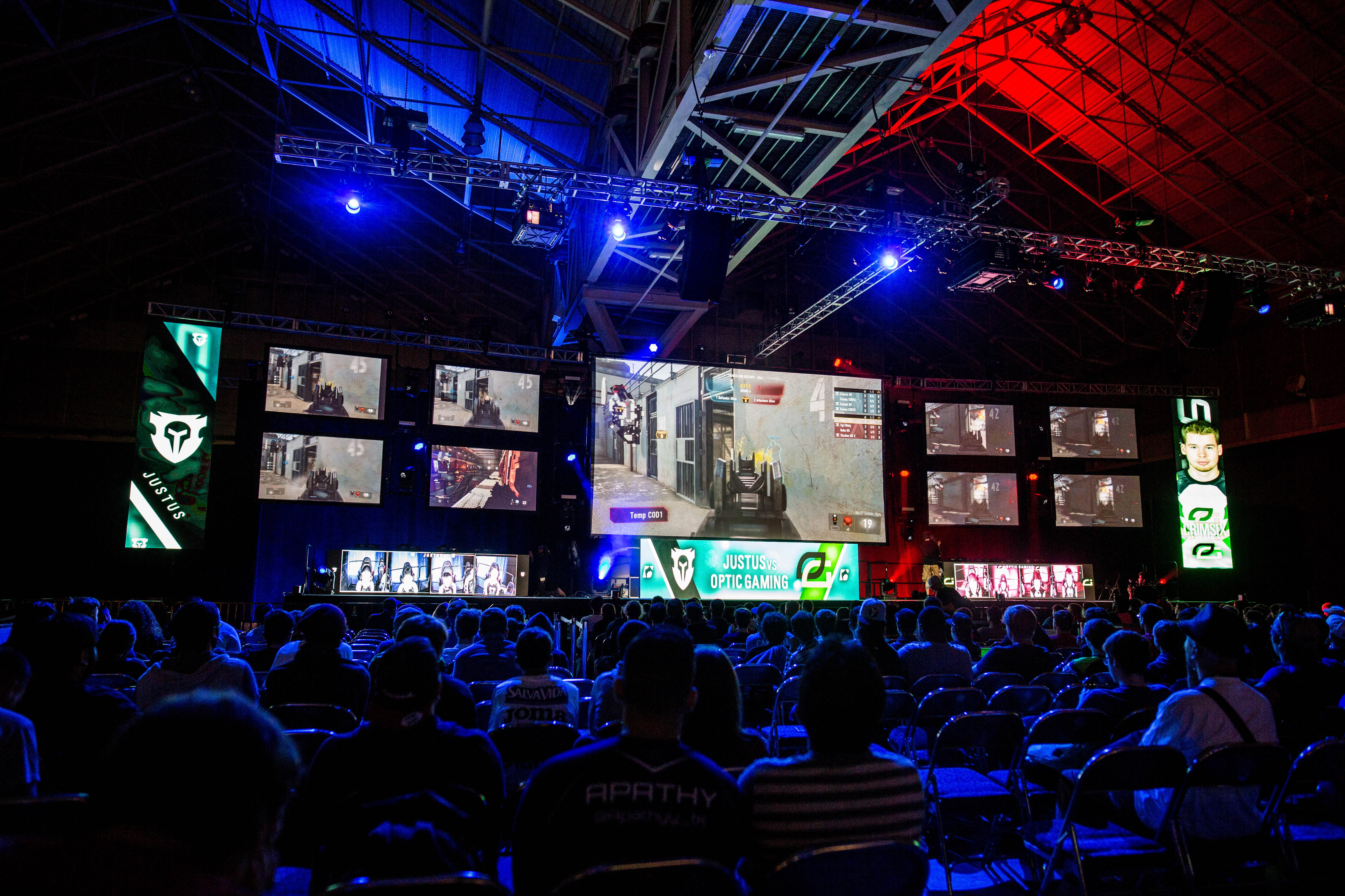 Major League Gaming's 100th event was held in New Orleans, where top Dota 2, Call of Duty, and Super Smash Bros. teams competed.