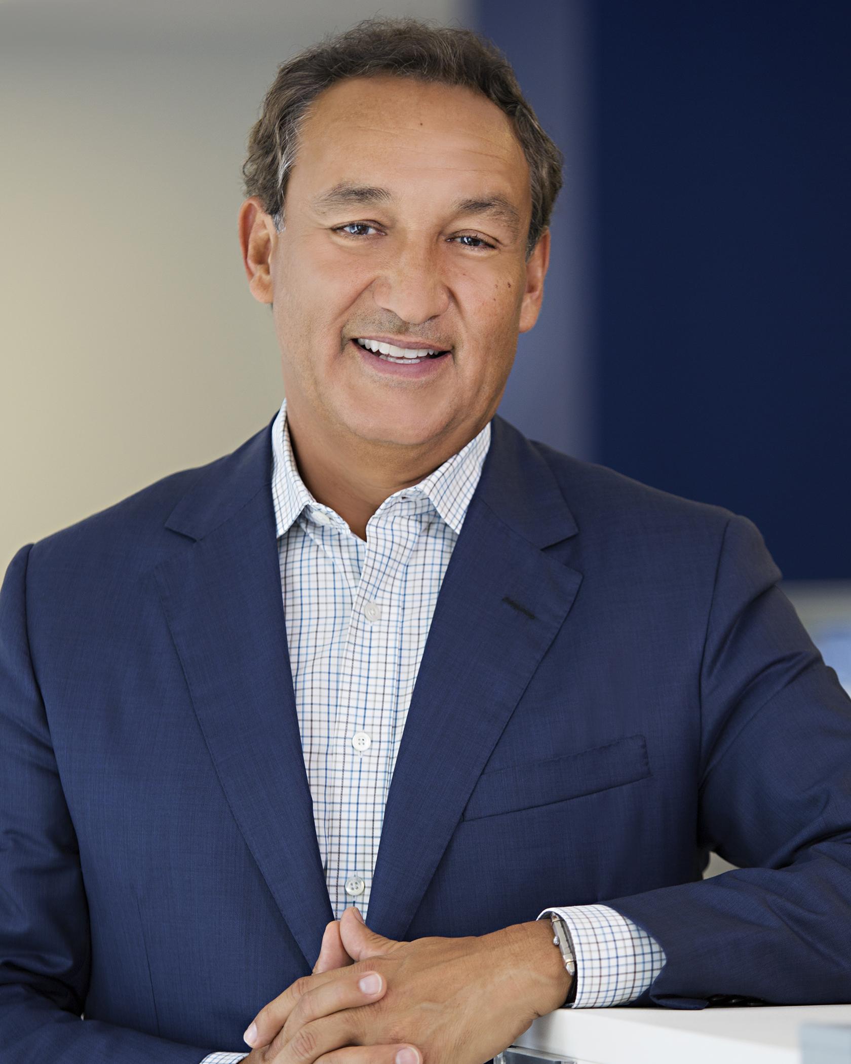 United Continental CEO Oscar Munoz