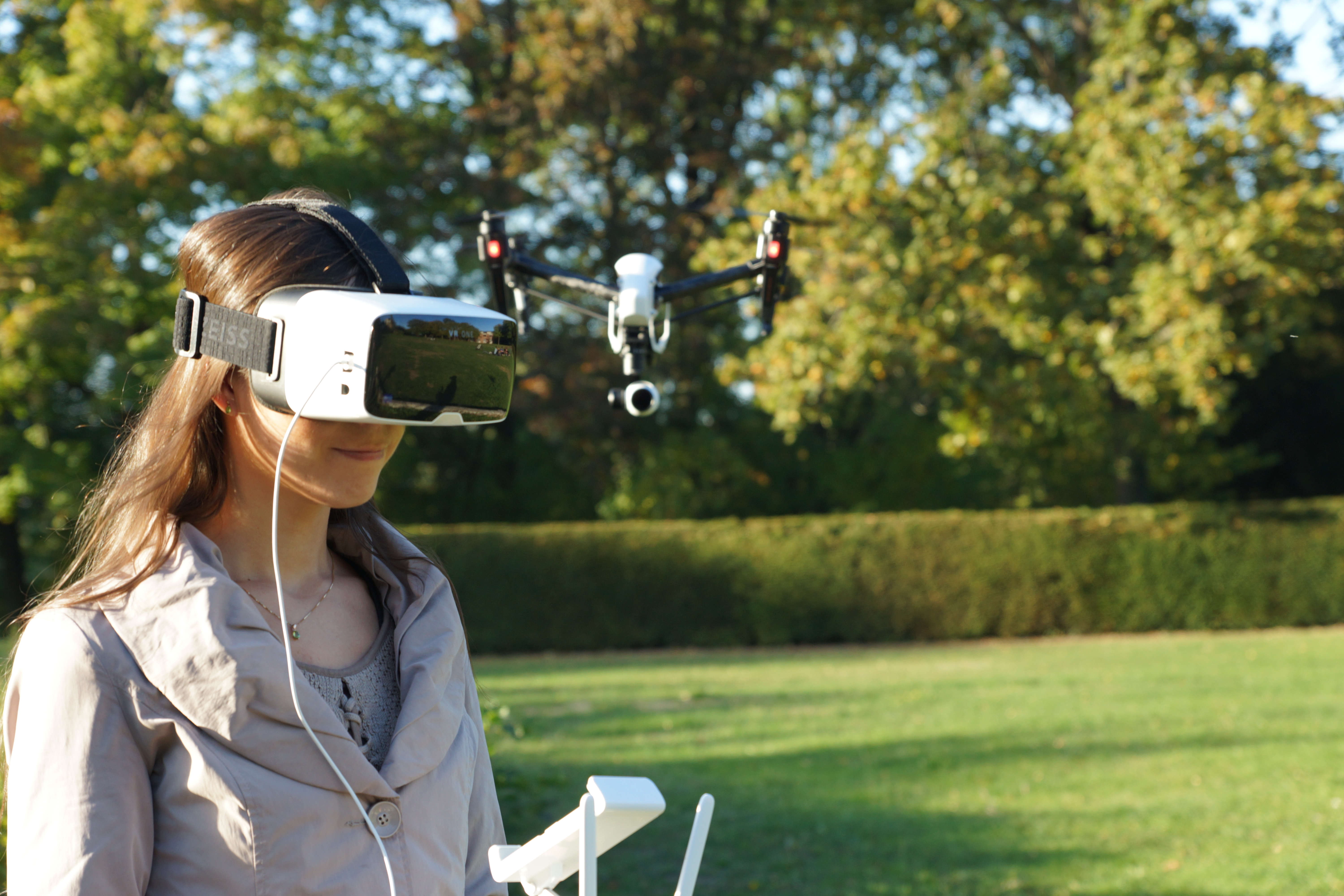 New opportunities are emerging by combining Zeiss VR One with DJI Drones.