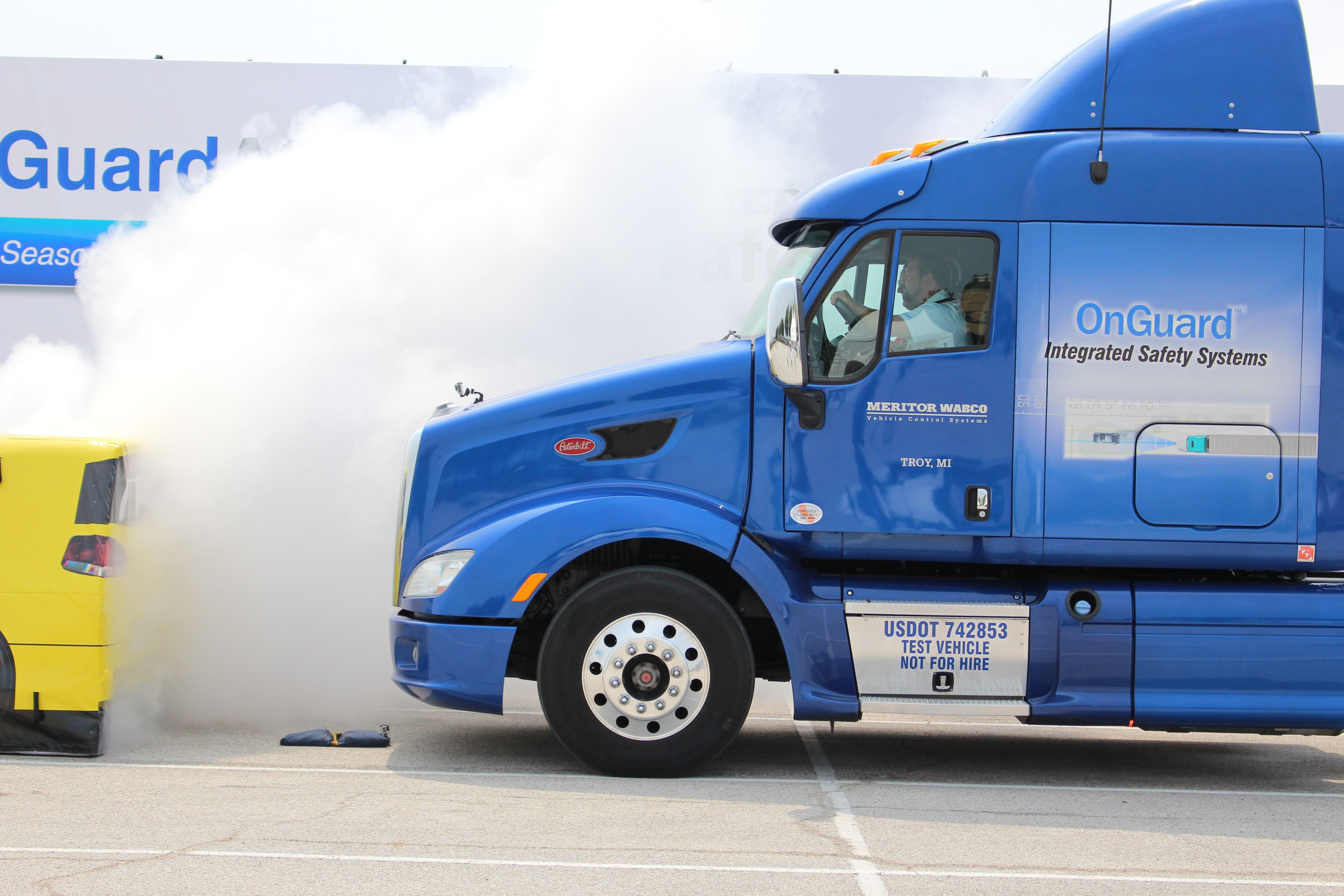 truck stops using automatic system in fog