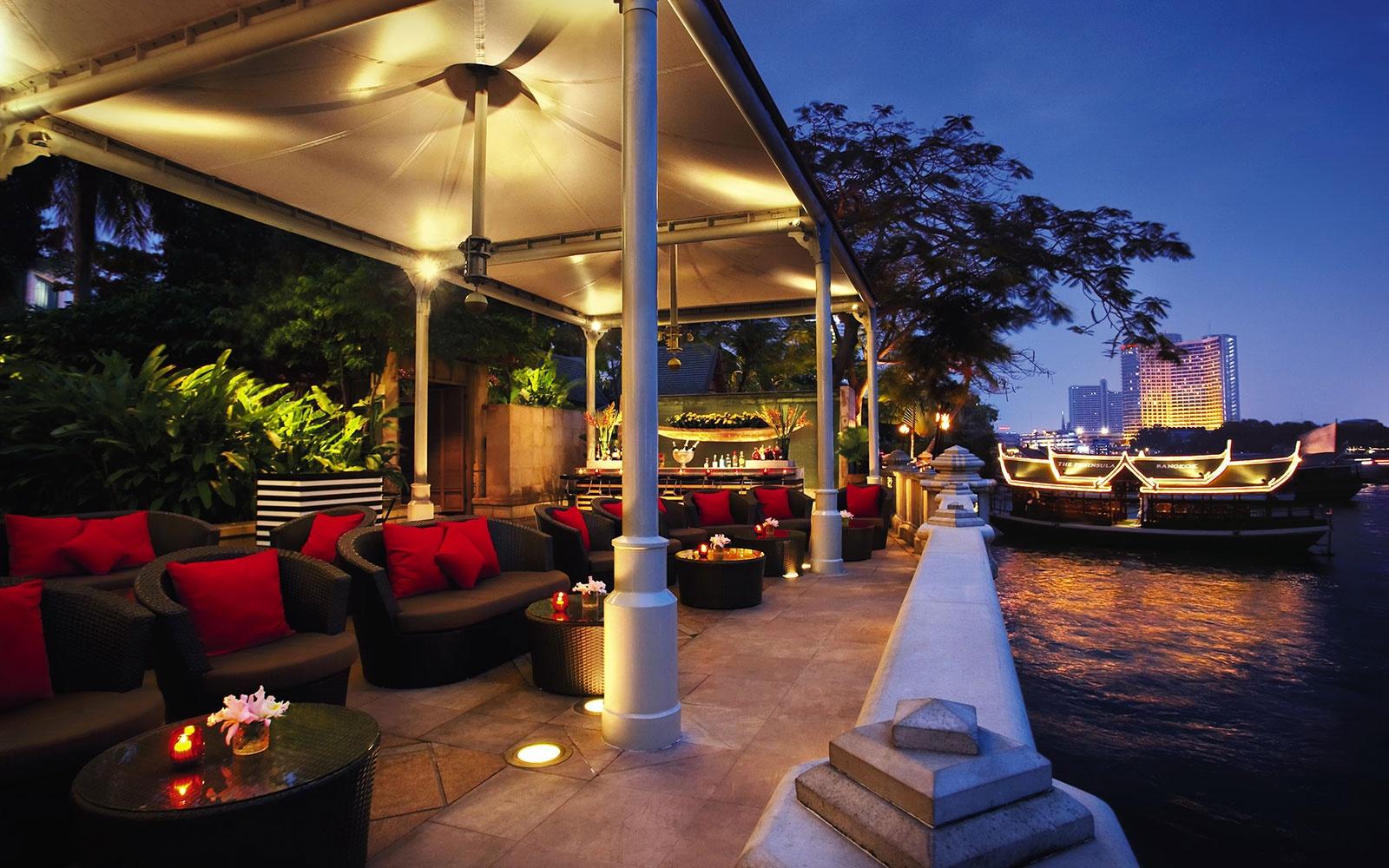 WBTOPHOTELS-7-peninsula-bangkok