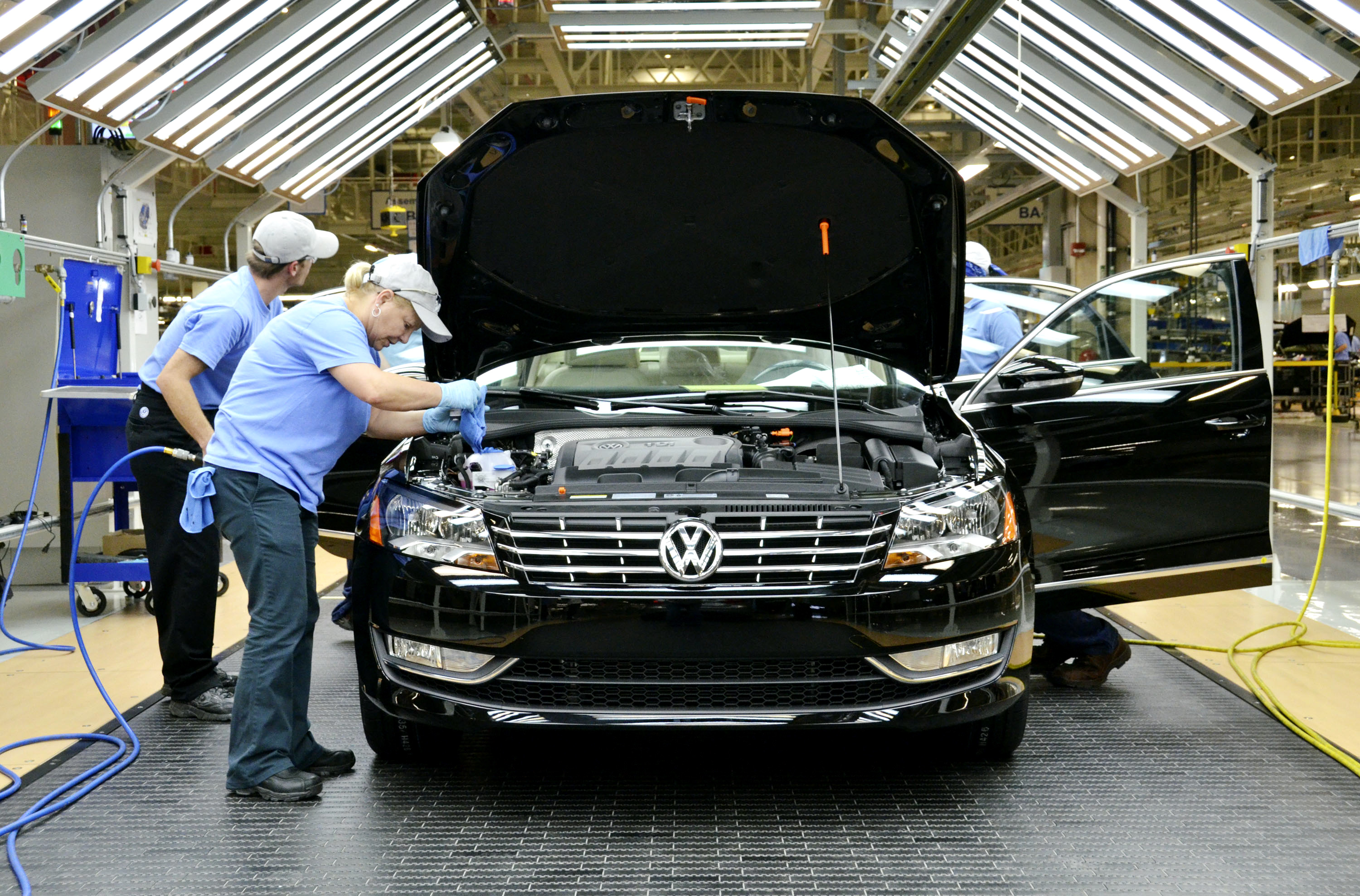 New 2012 VW Passat First Drive And Factory Tour