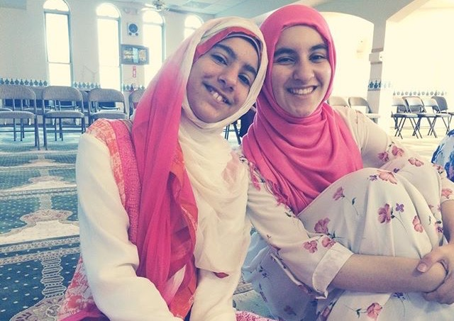 Marwa Abudlhai, right, with her sister
