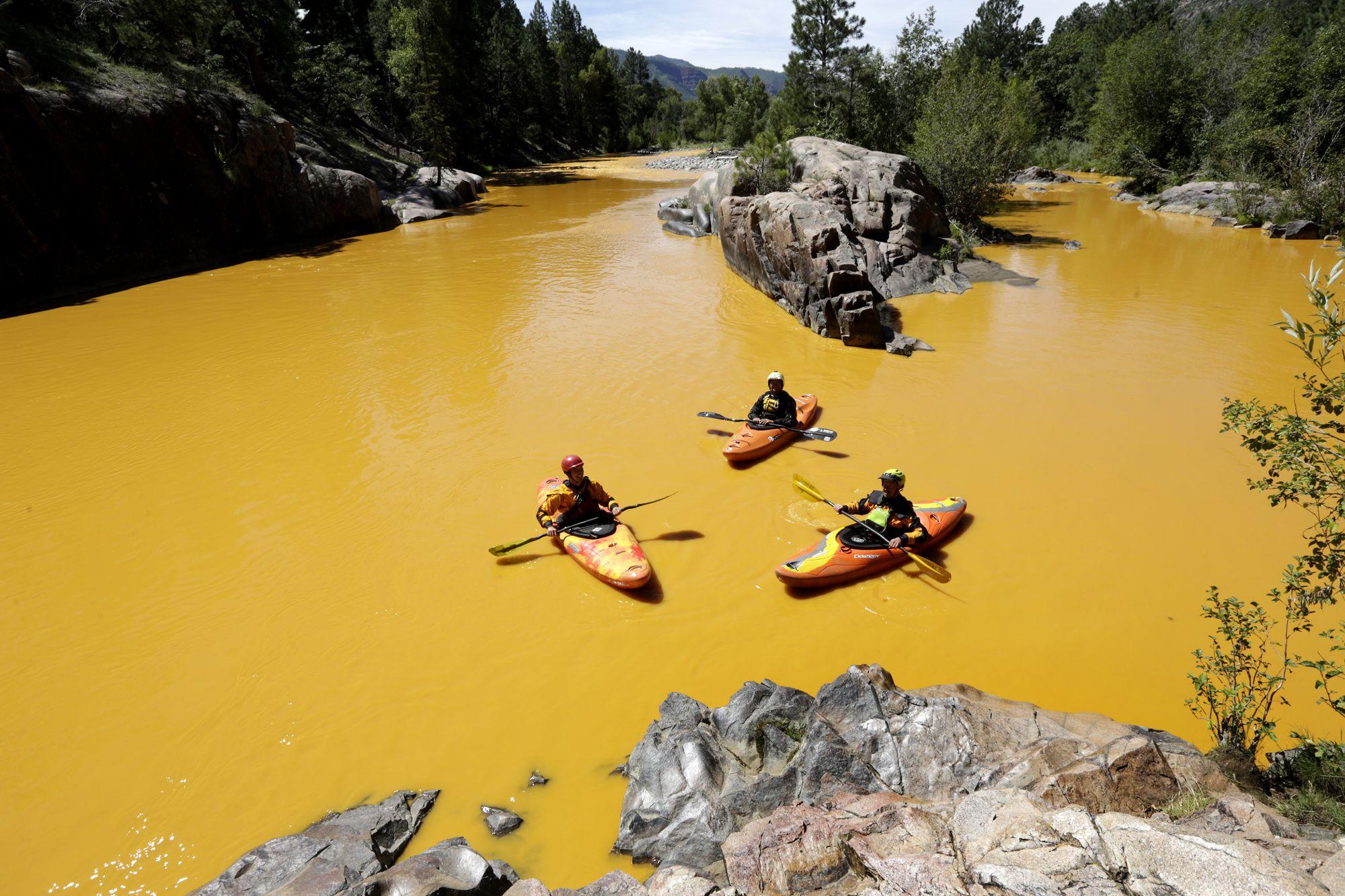 APTOPIX Mine Waste Leak