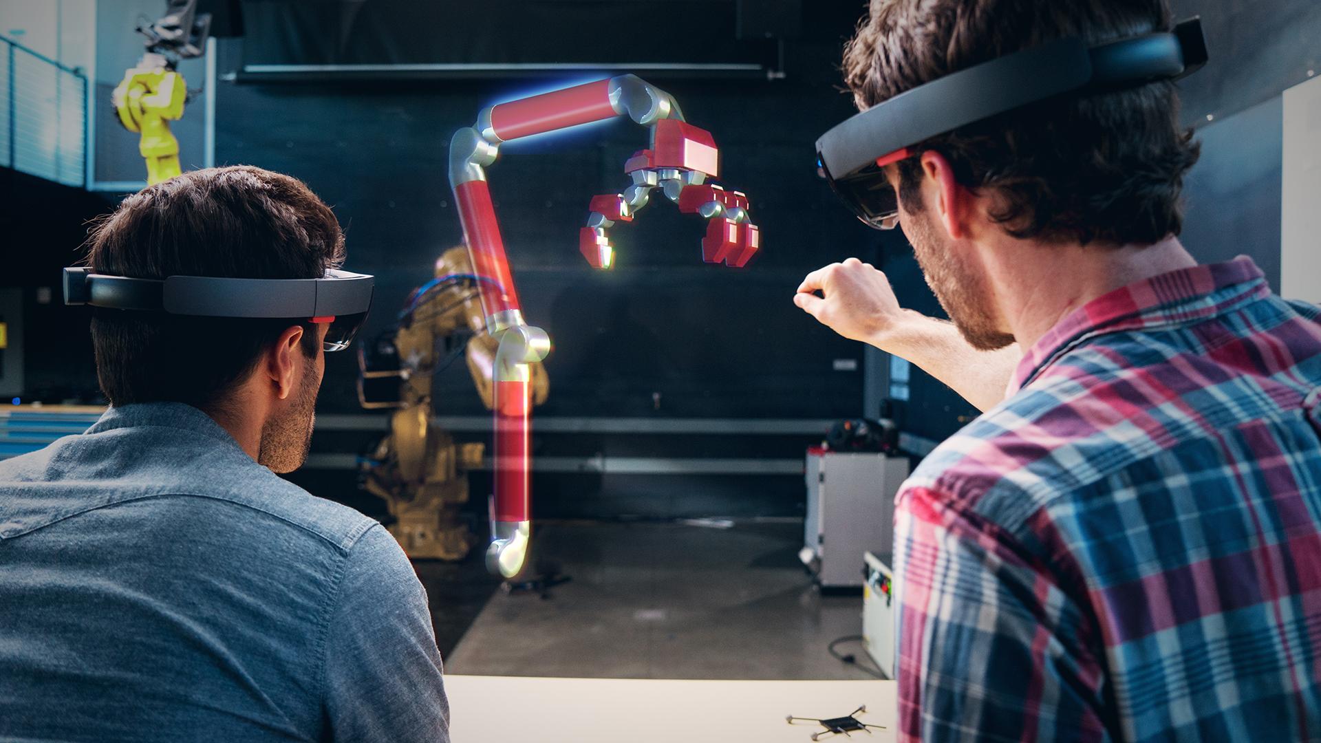 Microsoft HoloLens mixed reality technology blends with Autodesk software for the new FreeForm joint project.