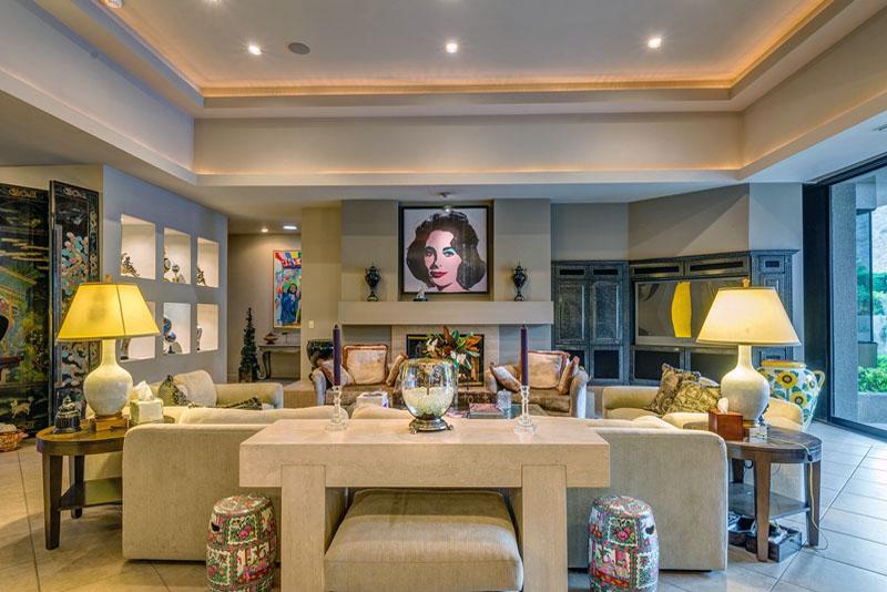 Elizabeth Taylor's living room.