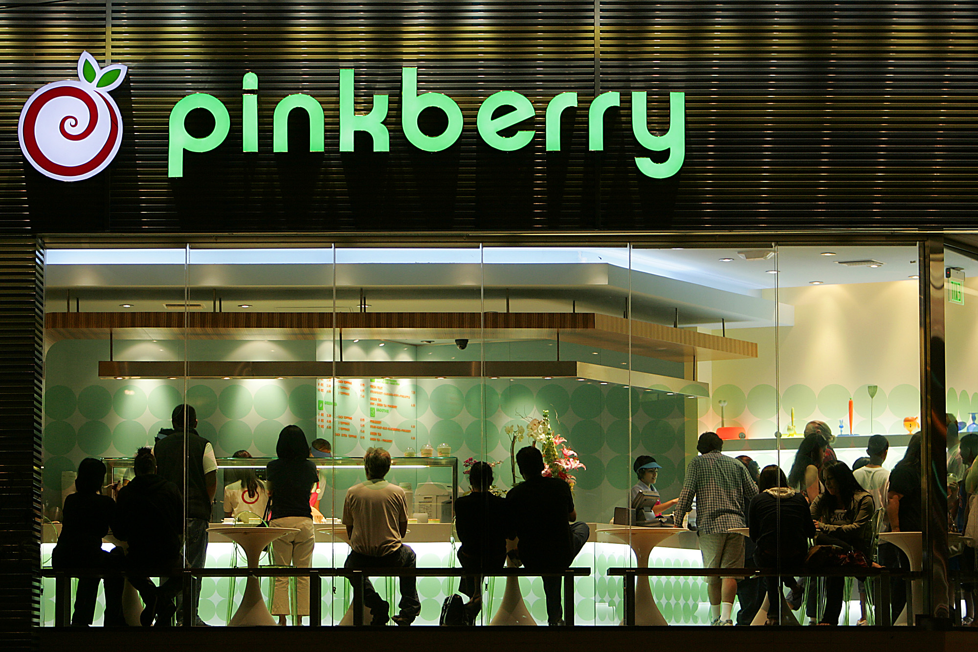 The popular and controversial Pinkberry frozen yogurt (?) store in Silverlake, Sunday, June 24, 200