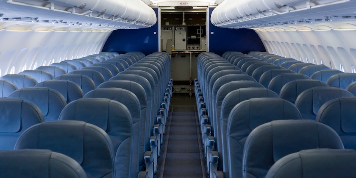 Here's All the Tricks to Avoid Getting the Worst Seat on Airlines