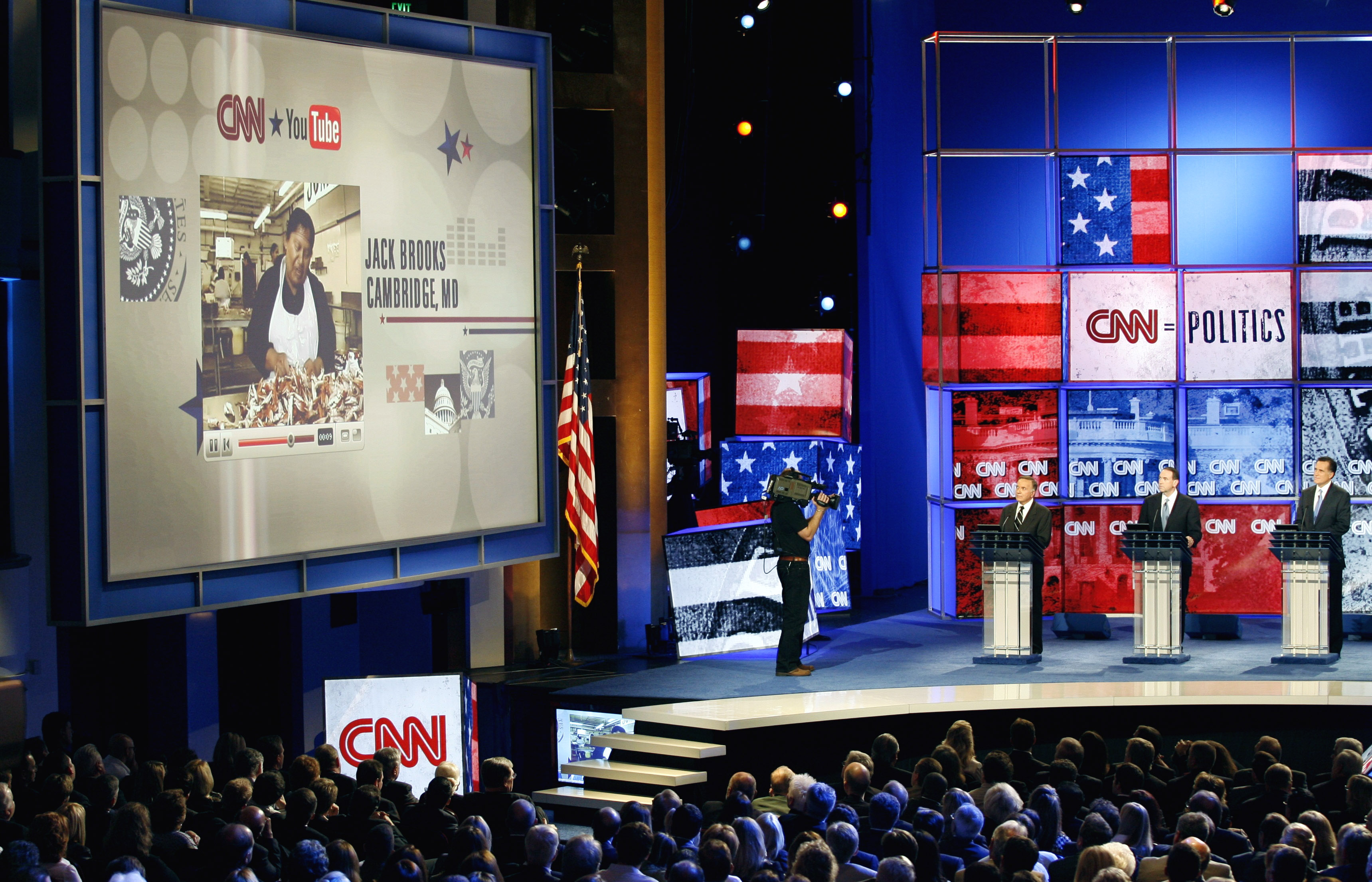 Republican presidential candidates take questions at the CNN/YouTube/Republican Party of Florida presidential debate in St. Petersburg