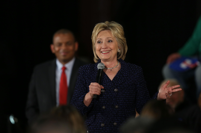 Transportation Sec'y Foxx Endorses Hillary Clinton At Iowa Campaign Event