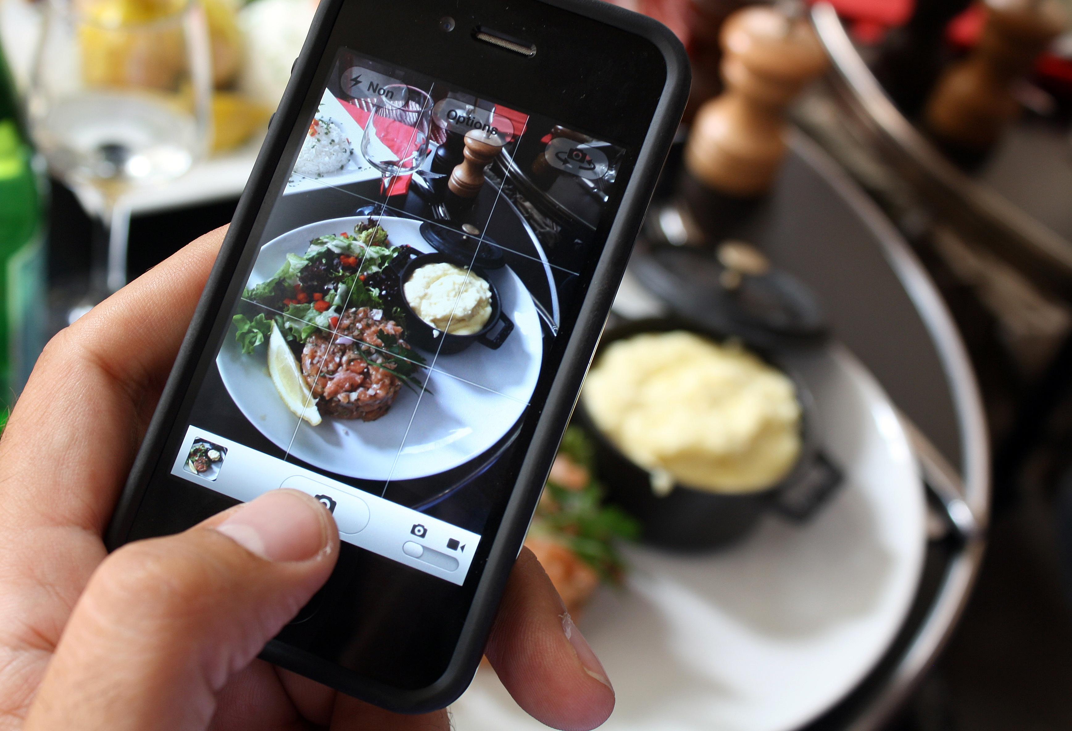 FRANCE-INTERNET-GASTRONOMY-FOOD