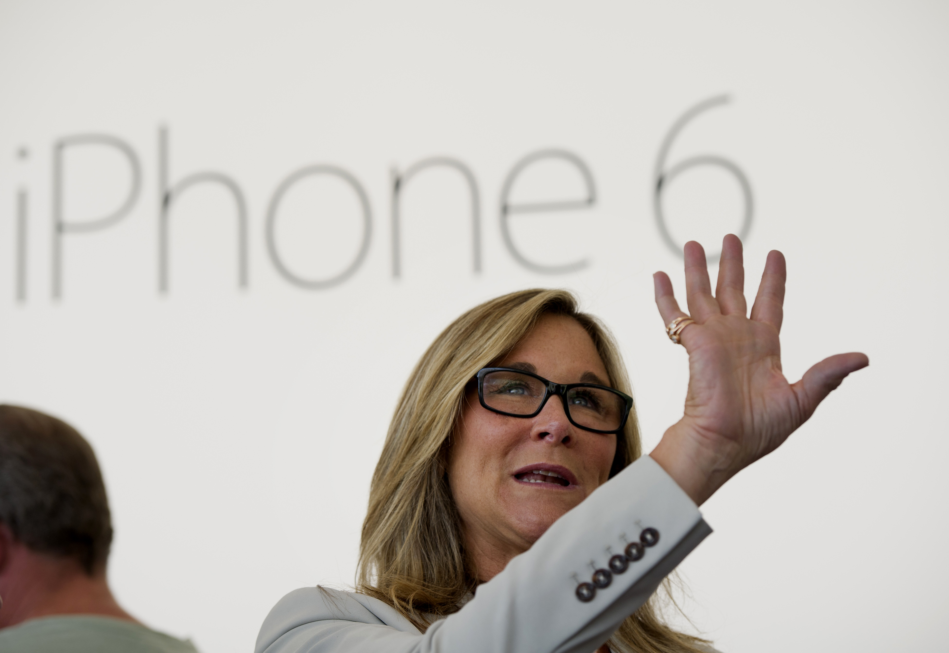 Apple's New Big-Screen iPhones Draw Long Lines As Sales Start