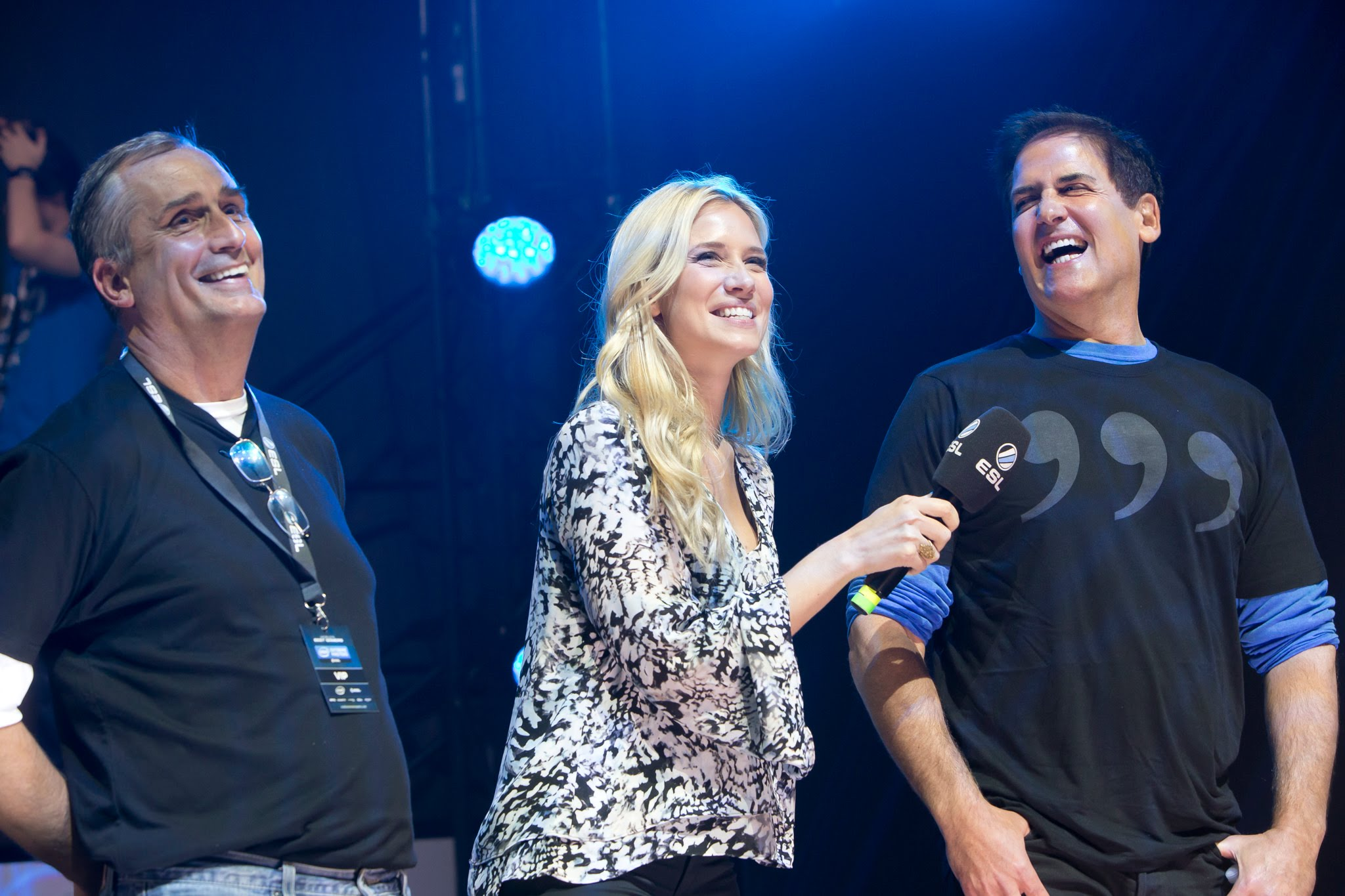 """Mark Cuban (right) played """"League of Legends"""" in an eSports charity game against Intel CEO Brian Krzanich on Nov. 21 at SAP Center in San Jose, Calif."""