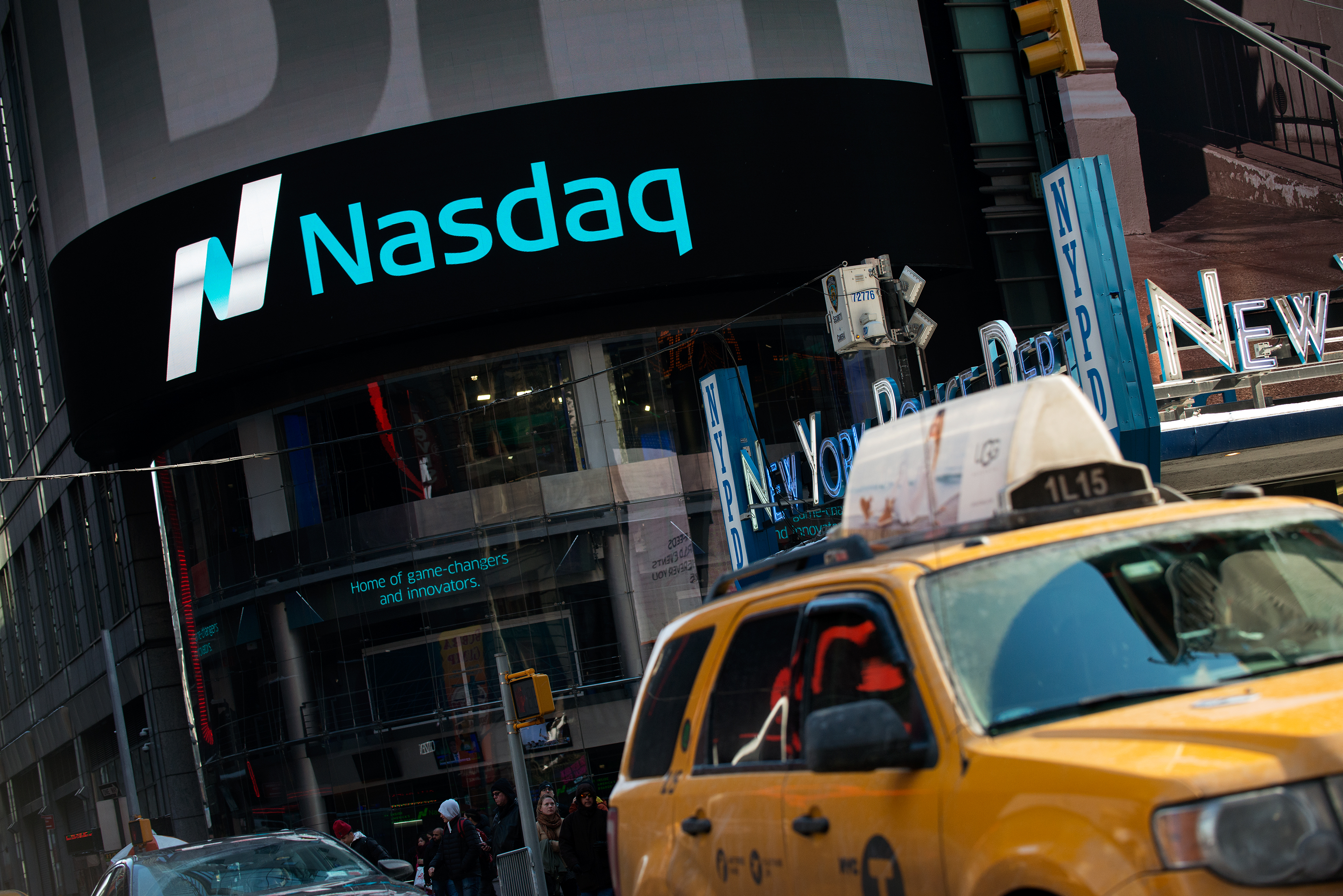NASDAQ Climbs Above 5000 Points For First Time In 15 Years