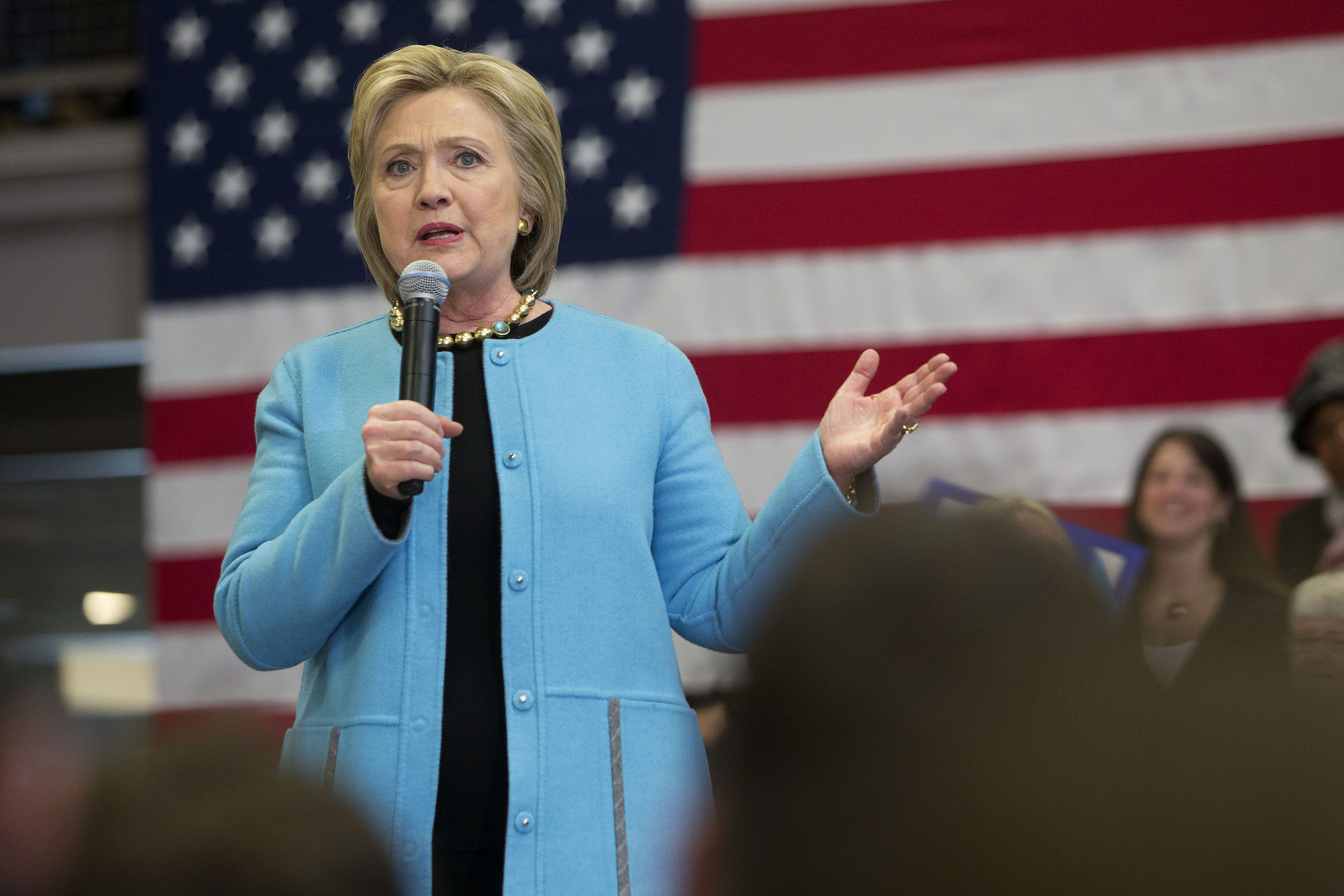 Presidential Candidate Hillary Clinton Holds Campaign Events With Bill And Chelsea Clinton