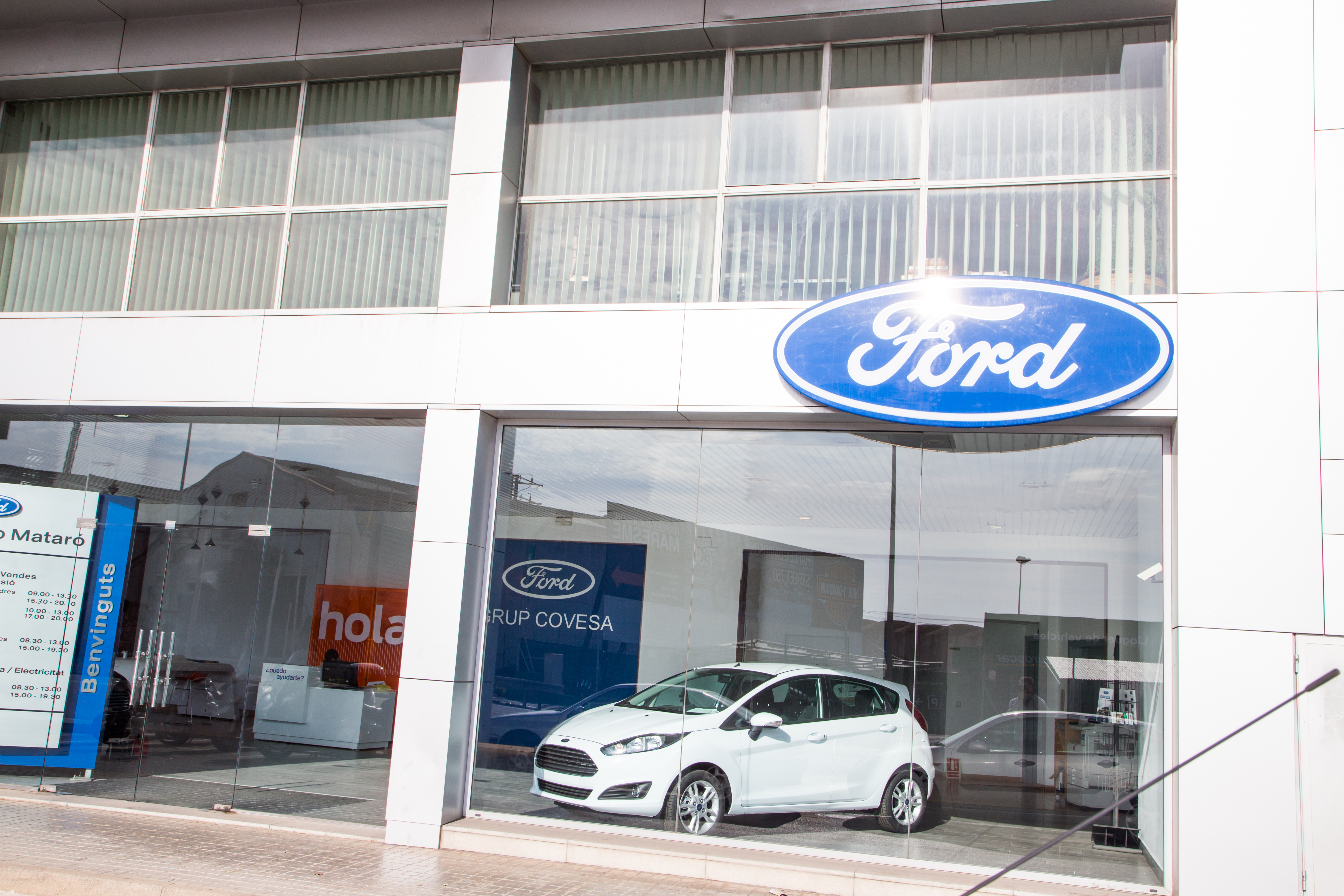 A Ford dealership