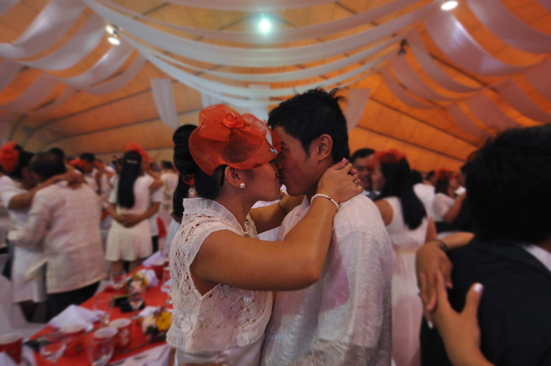 Philippines: Mass Wedding on Valentine's Day