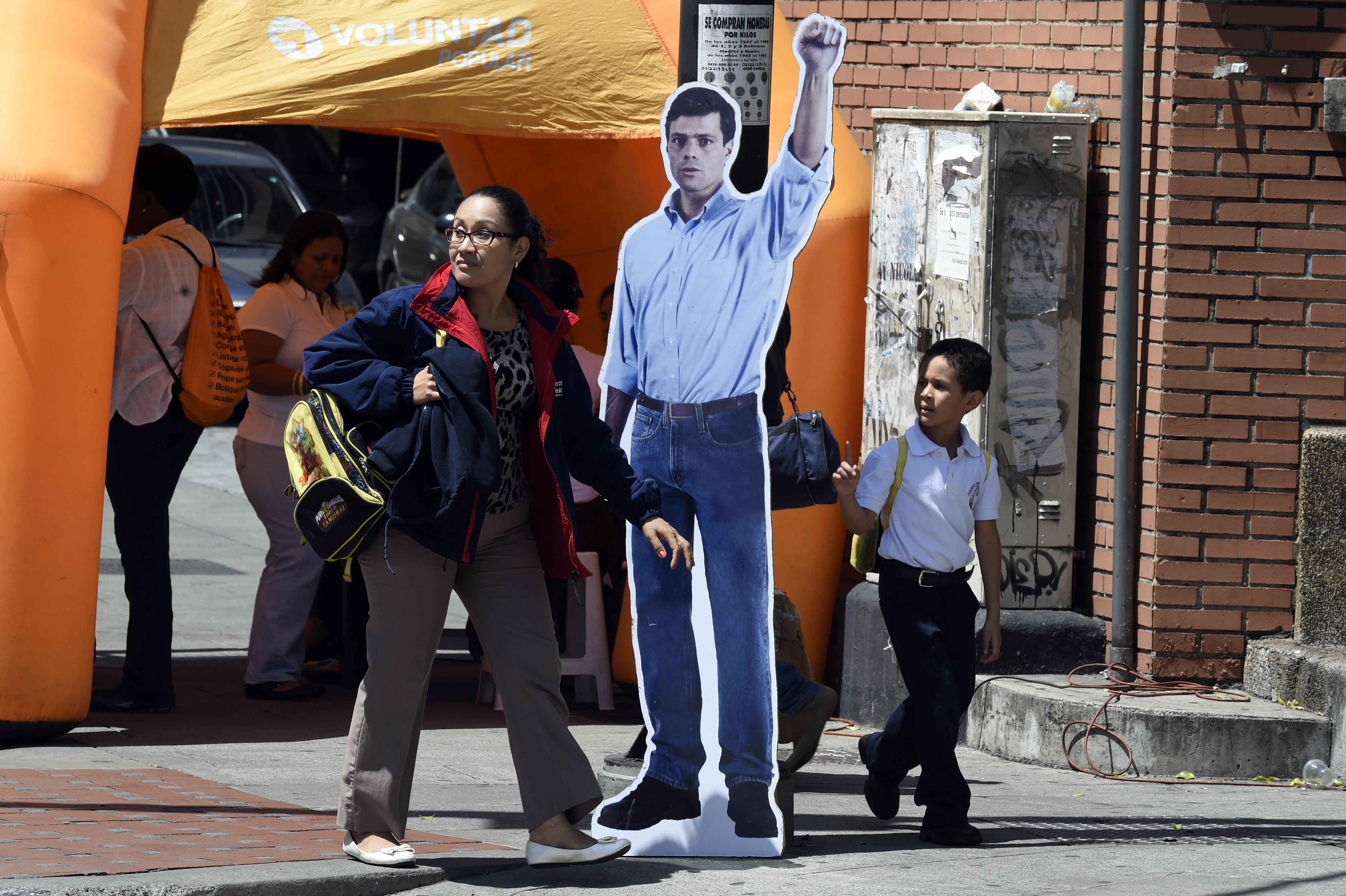 VENEZUELA-POLITCS-LOPEZ-TINTORI