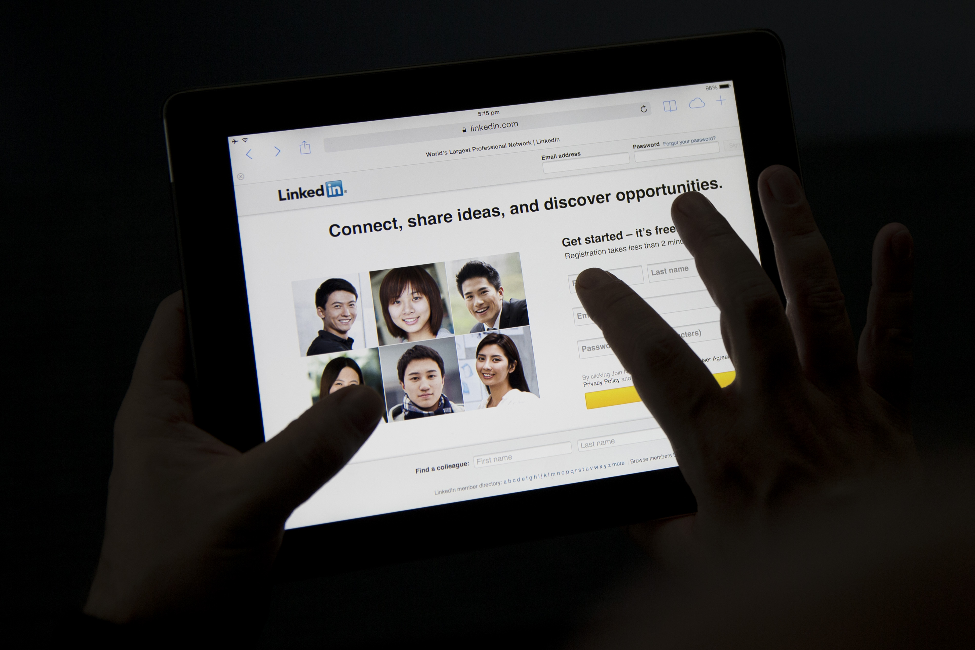 LinkedIn Corp. Expands in China With Local Site Limiting Content