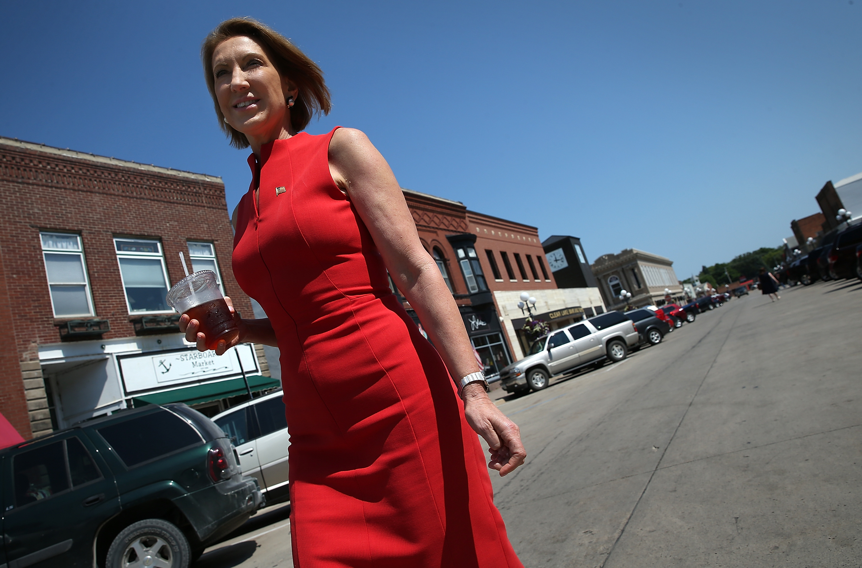 GOP Presidential Candidate Carly Fiorina Campaigns In Iowa