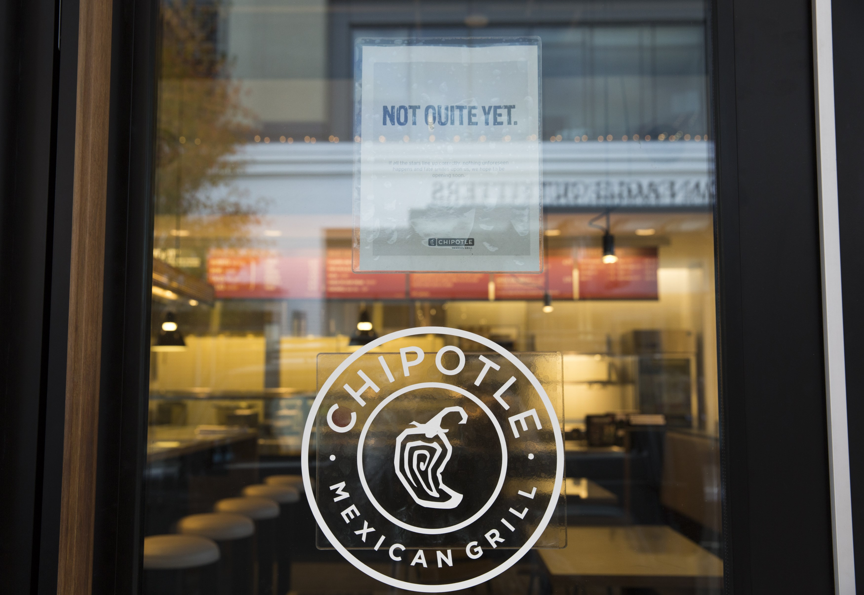 US-RESTAURANTS-HEALTH-FOOD-SAFETY-CHIPOTLE