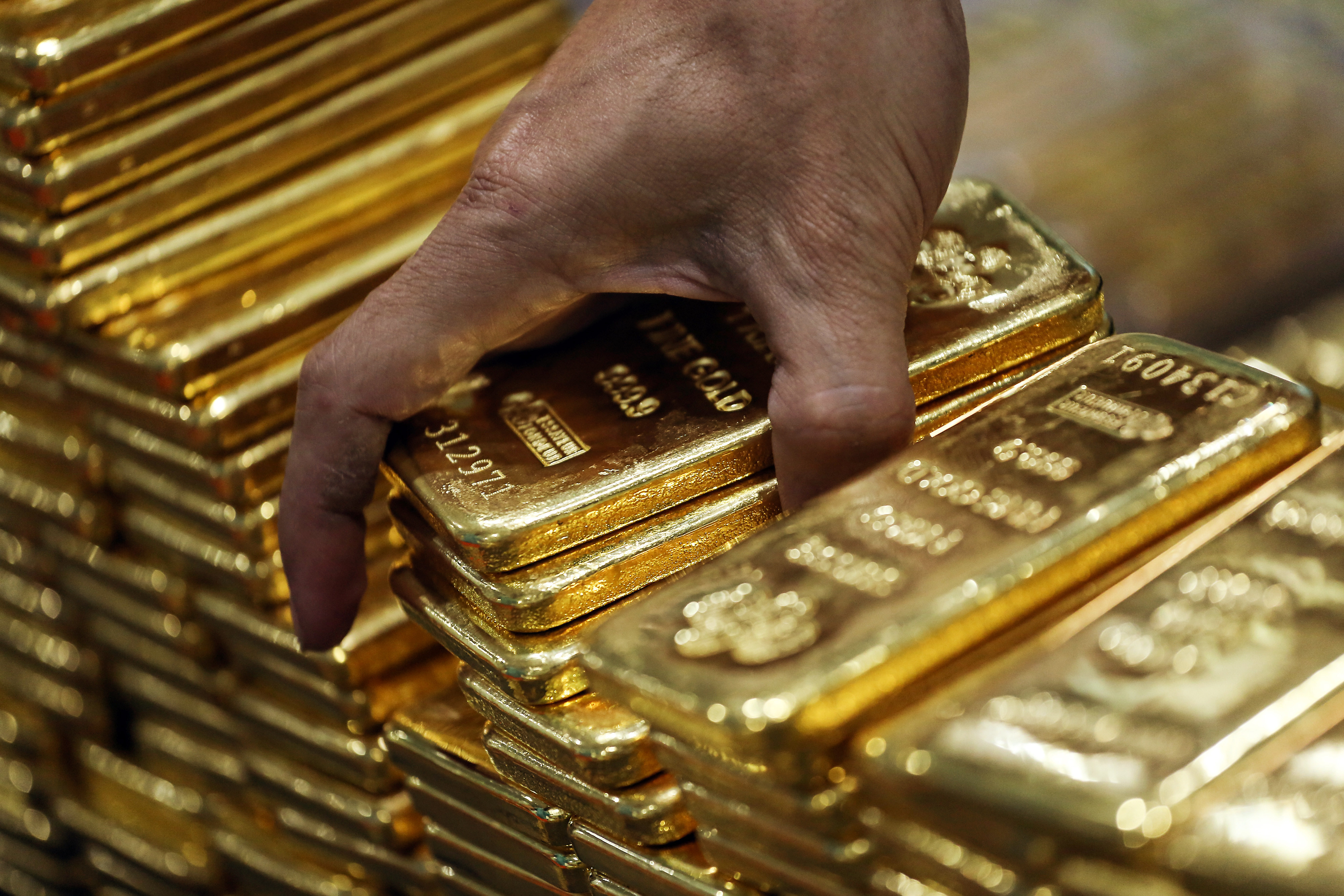 Here S Why Gold Is So Expensive Right Now Fortune