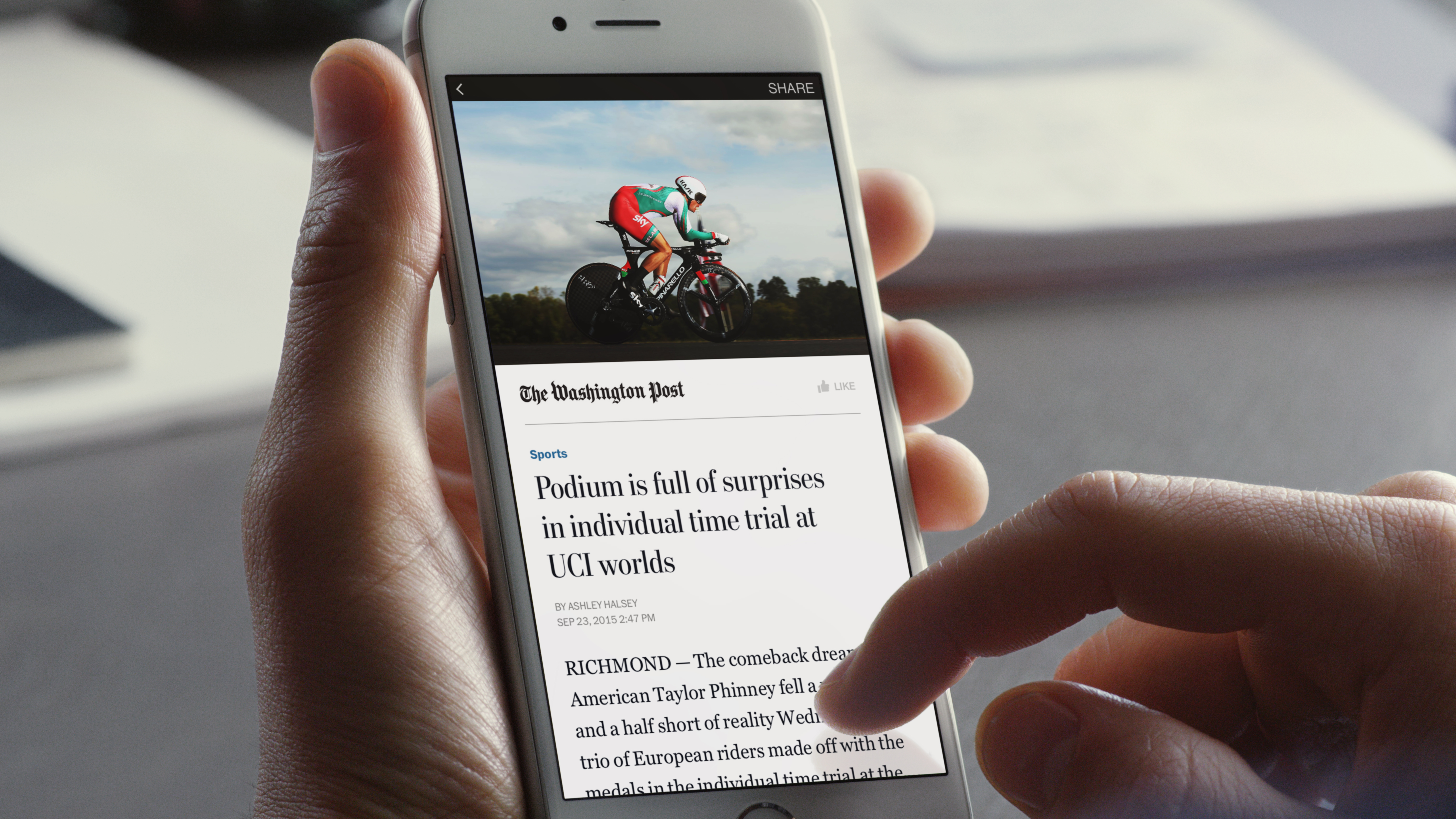 A demo of Facebook's Instant Articles format.