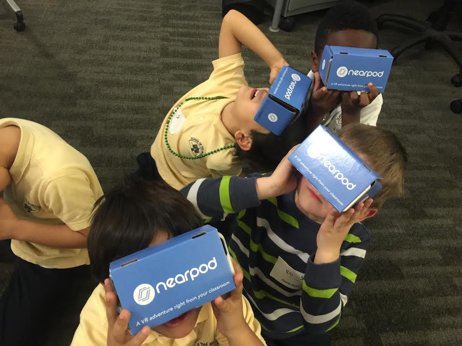 First- and second-graders in Berkeley, Calif., explore Mars with Nearpod VR.