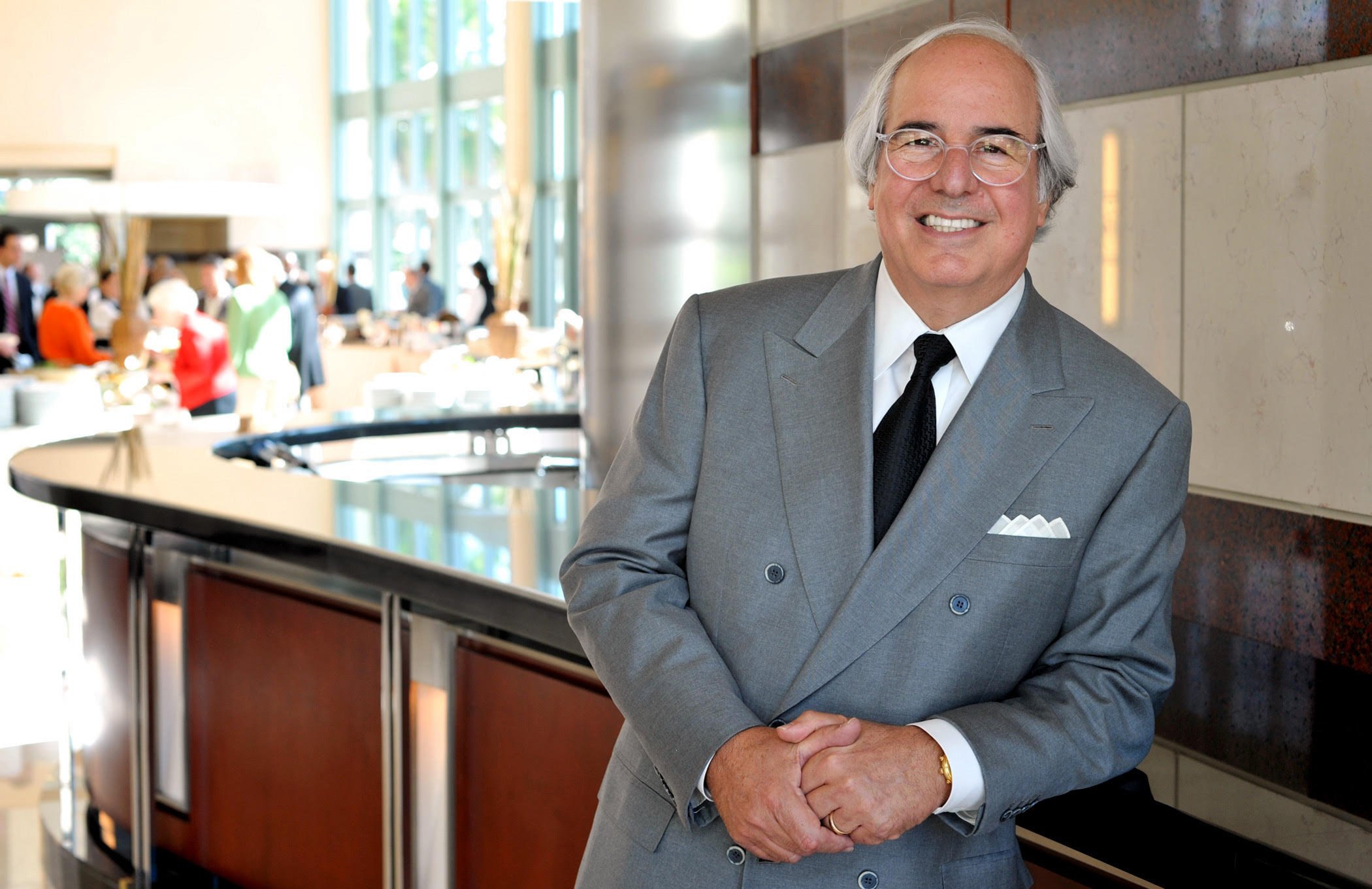 112210 Photo by Jeffrey Langlois/Palm Beach Daily News. Frank Abagnale Jr. before speaking during the Forum Club Monday at the Cohen Pavilion.
