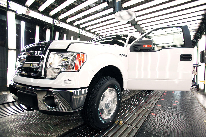 Ford Dearborn Truck Plant Builds New 2014 F-150 Trucks