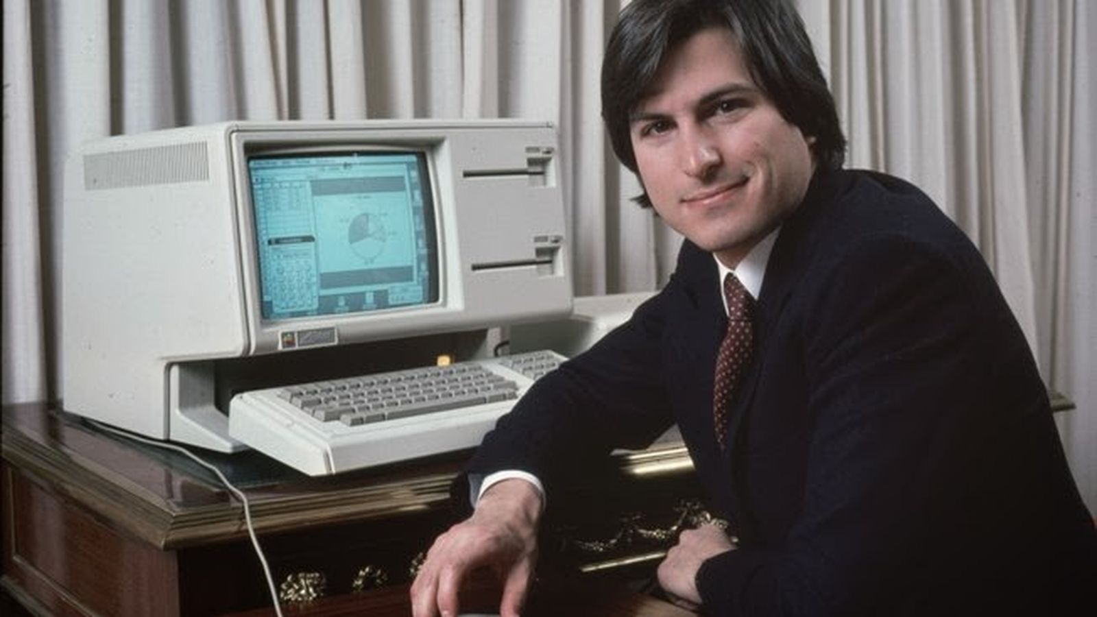 Jobs with the Lisa in 1983.