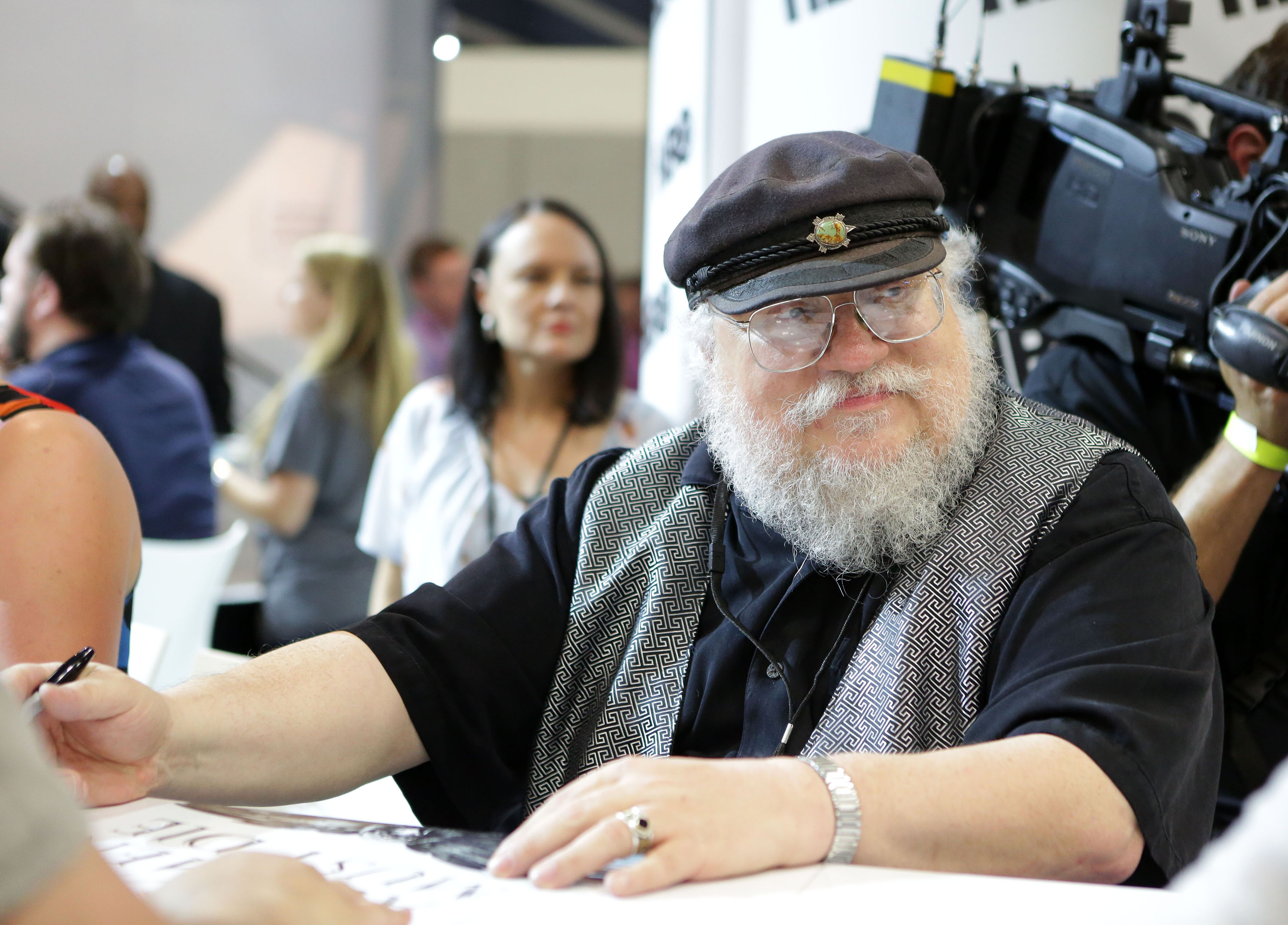 """Game of Thrones"" Autograph Signing - Comic-Con International 2014"