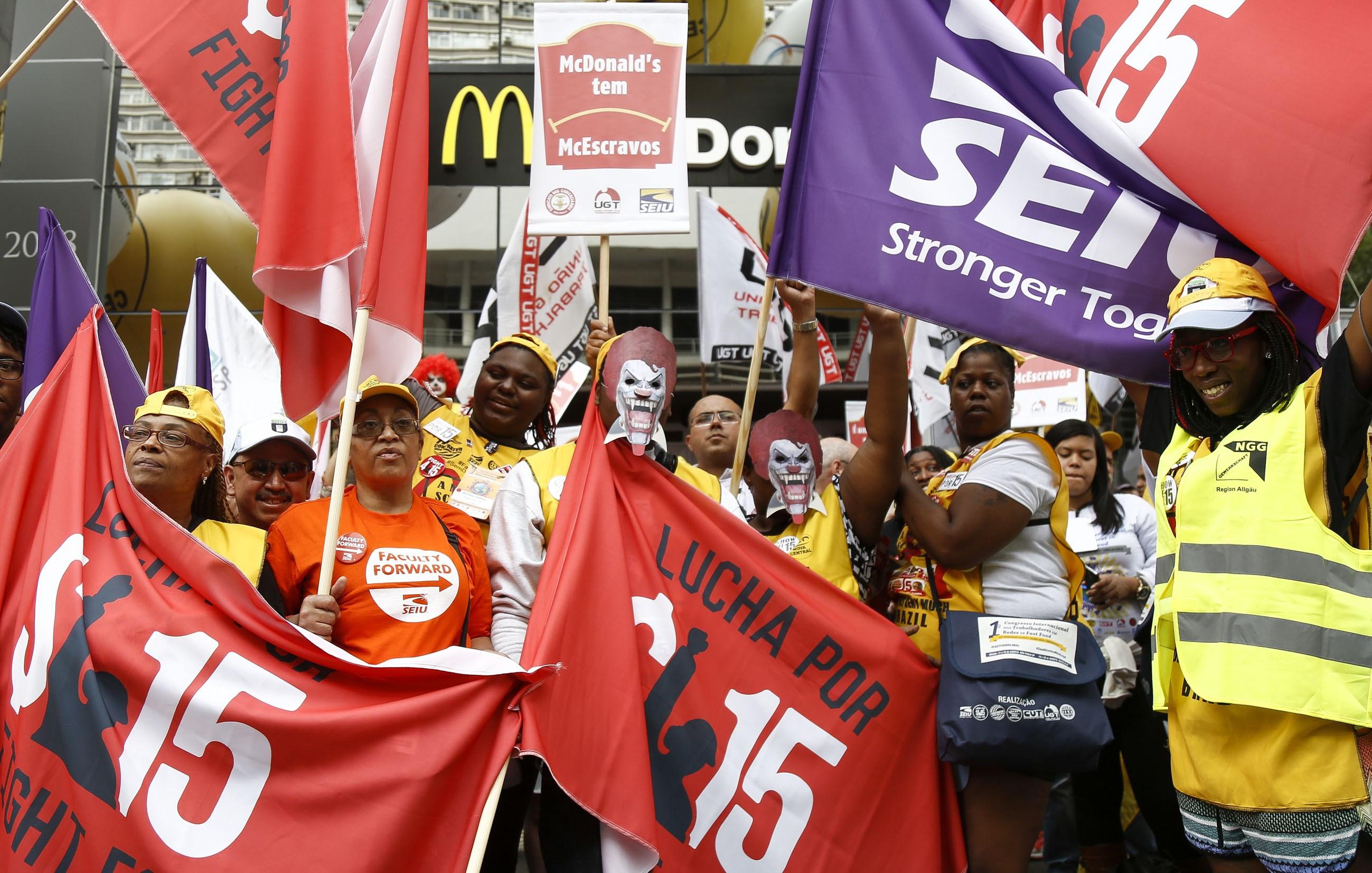 BRAZIL-MCDONALDS-PROTEST