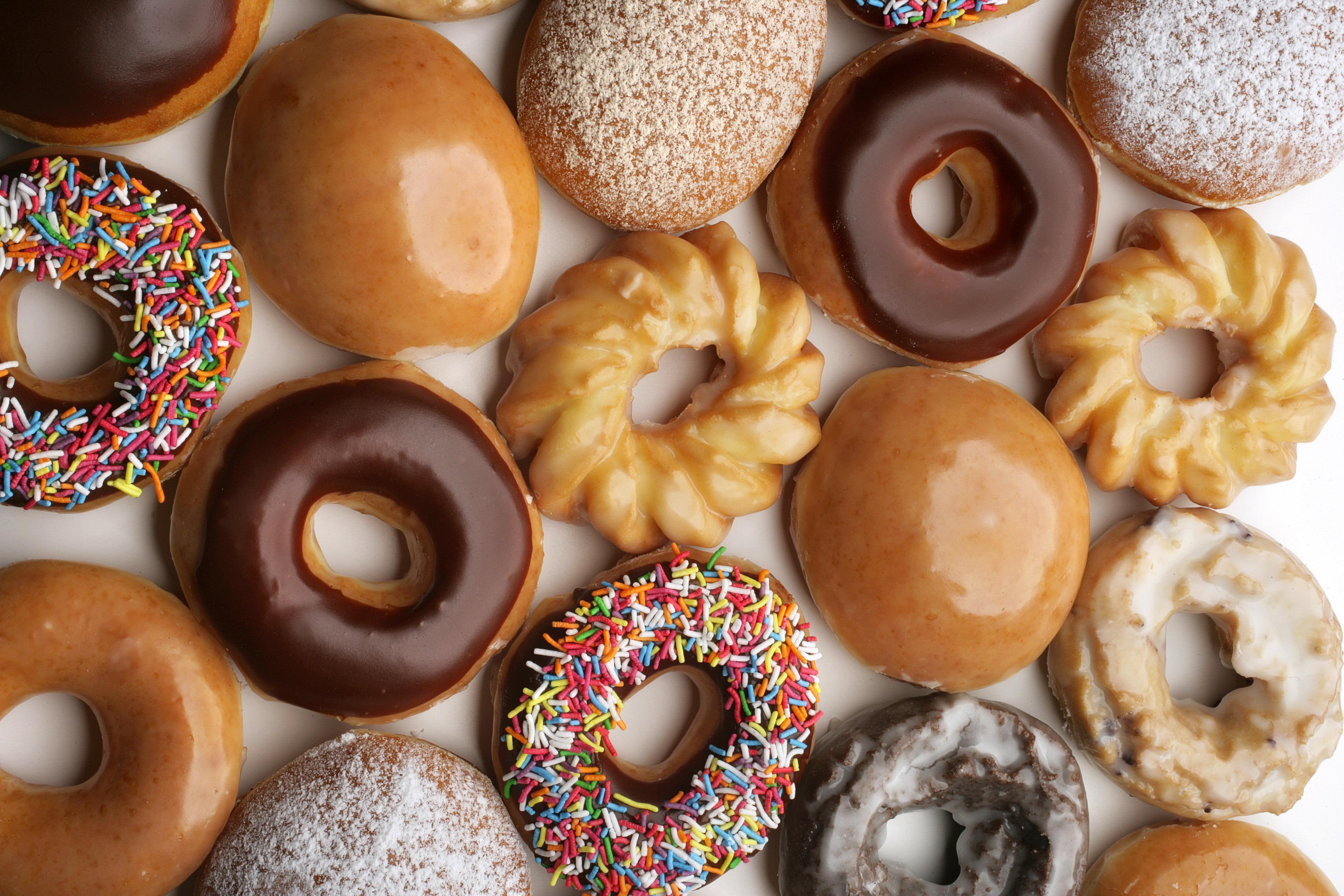 Krispy Kreme Doughnuts, 9 June 2006. The AGE Picture by MARINA OLIPHANT