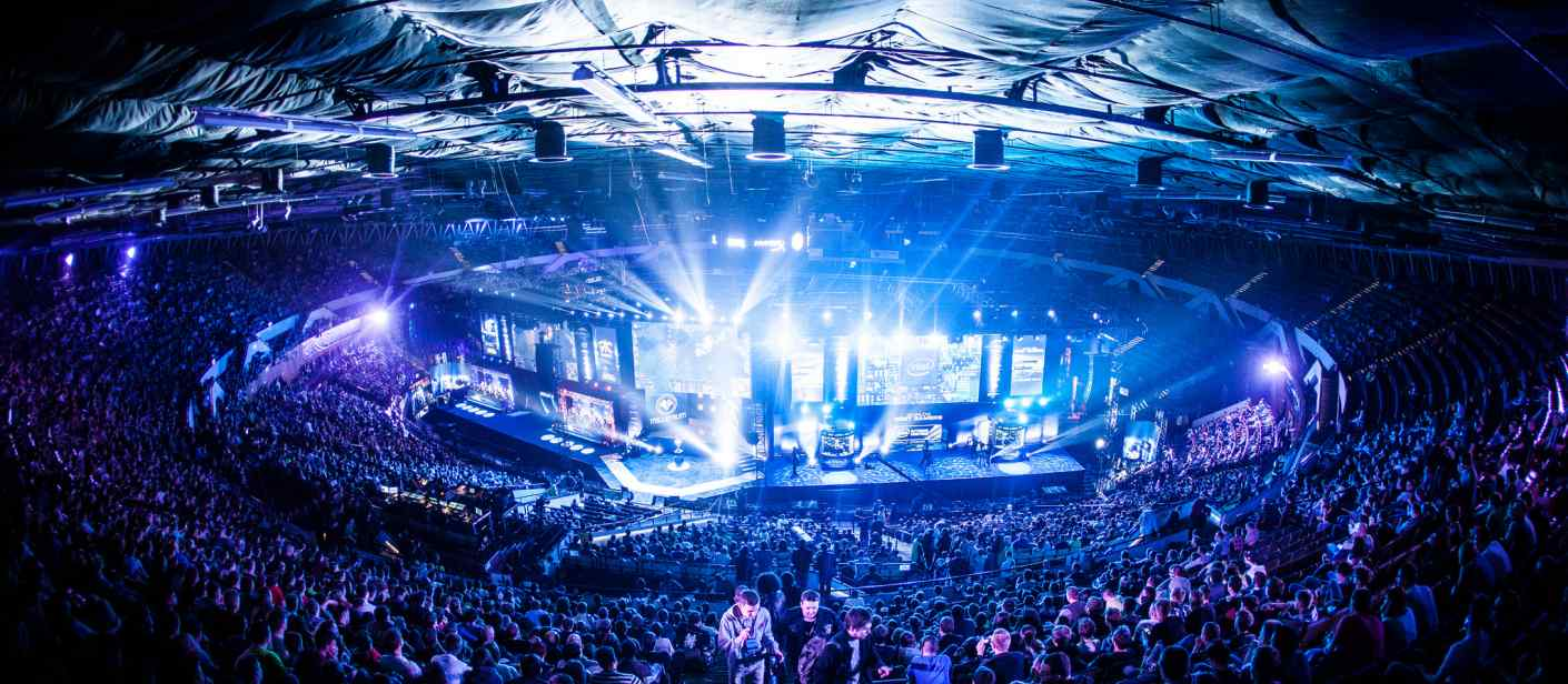 The Intel Extreme Masters World Championship attracted over 113,000 attendees in Katowice, Poland.