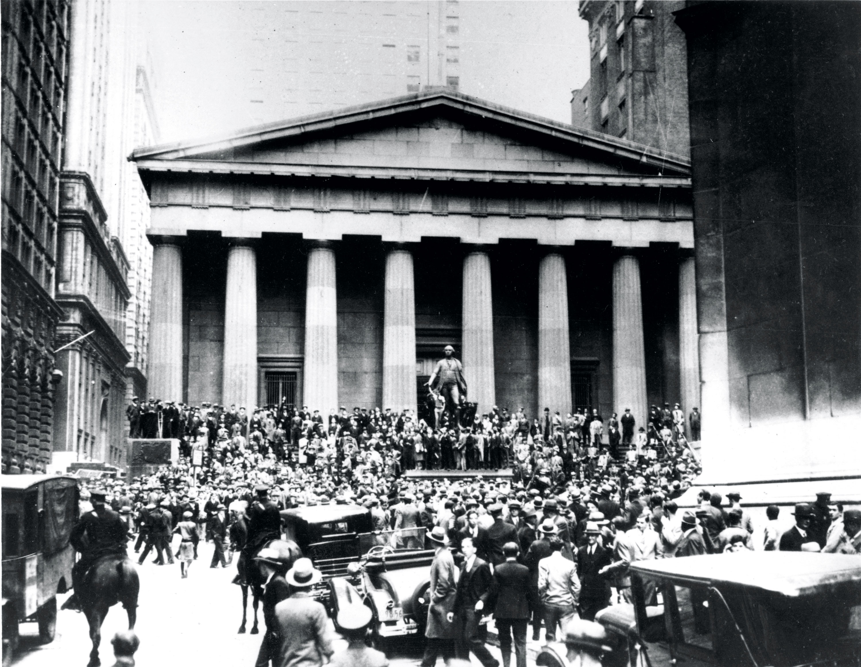 Associated Press Domestic News New York United States 1929 STOCK MARKET CRASH