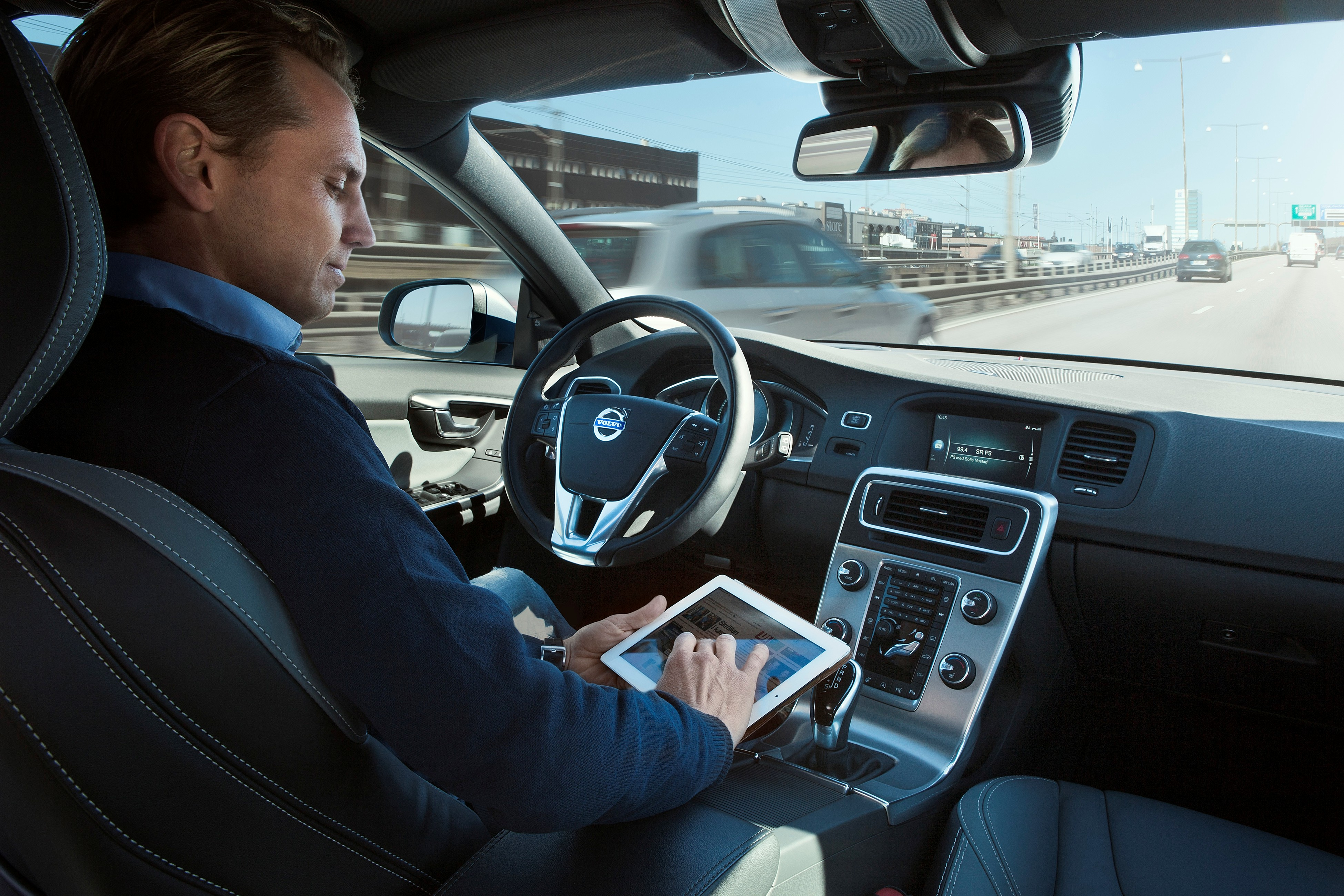 Volvo is expanding its self-driving car experiment to London in 2017.