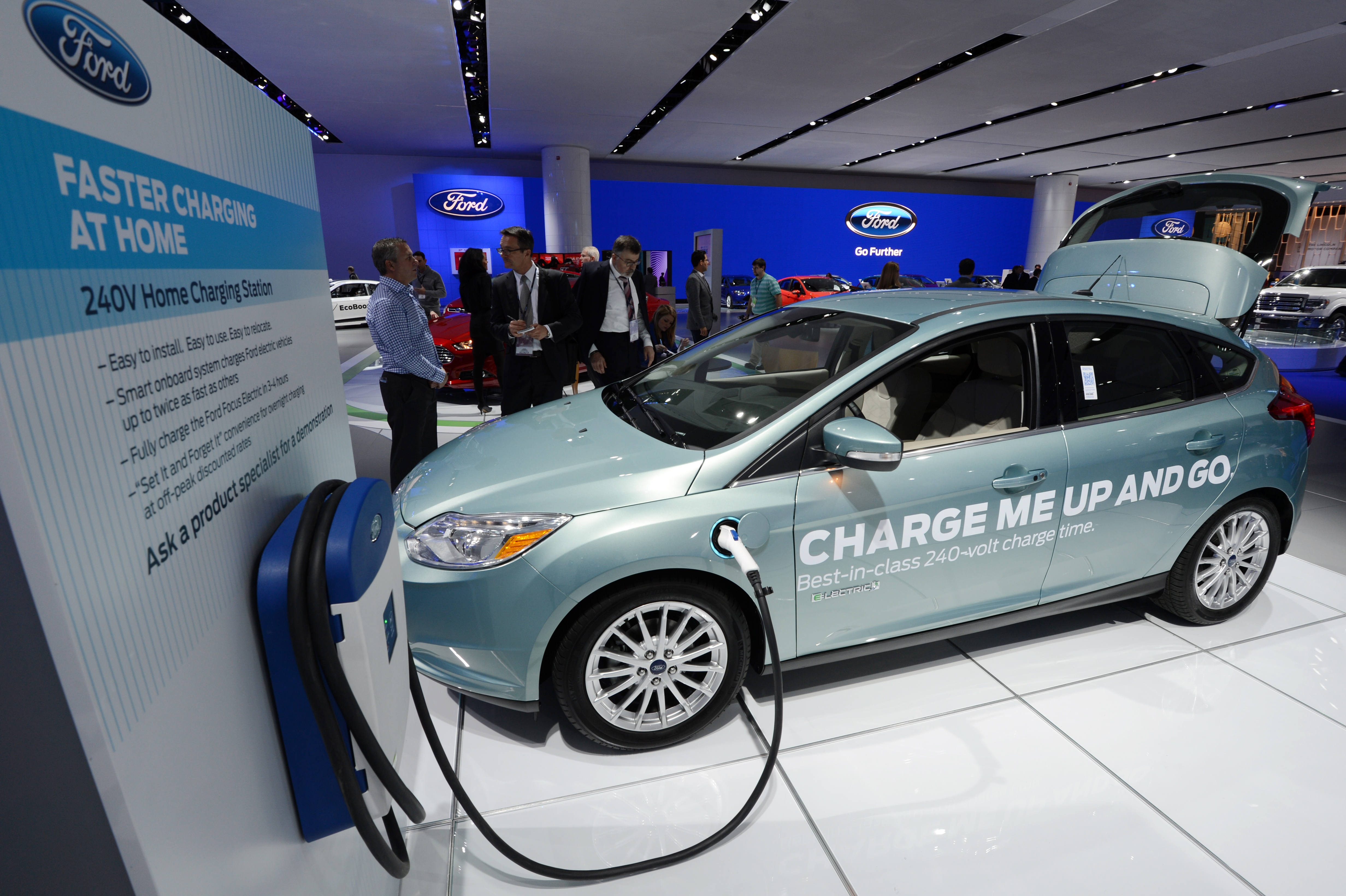 Ford Electric Car >> Ford Confirms Plans For A Long Range Tesla And Gm Beating