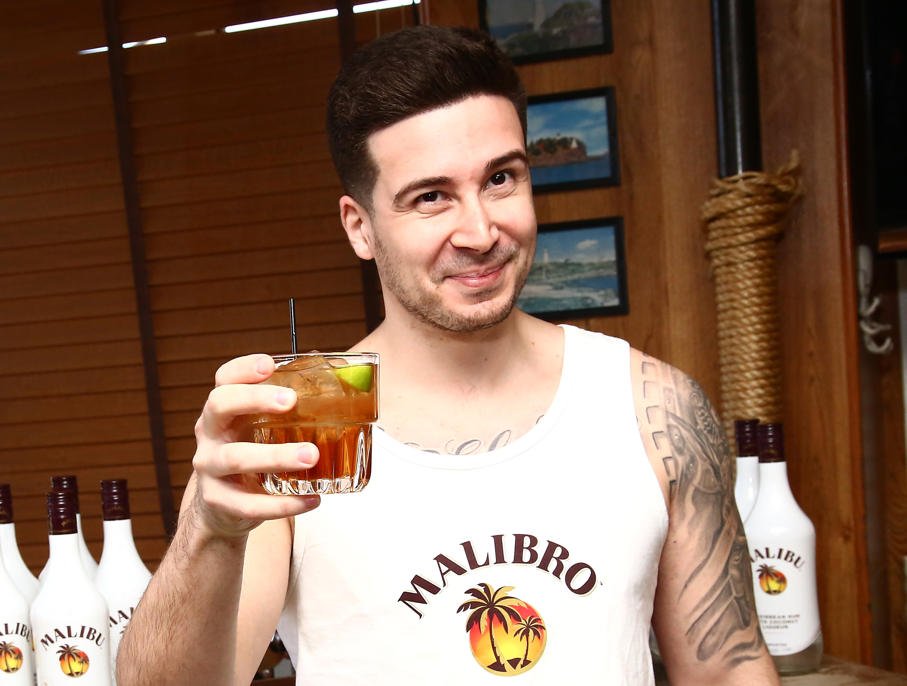How Jersey Shore's Vinny Is Leading the #Malibro Movement | Fortune
