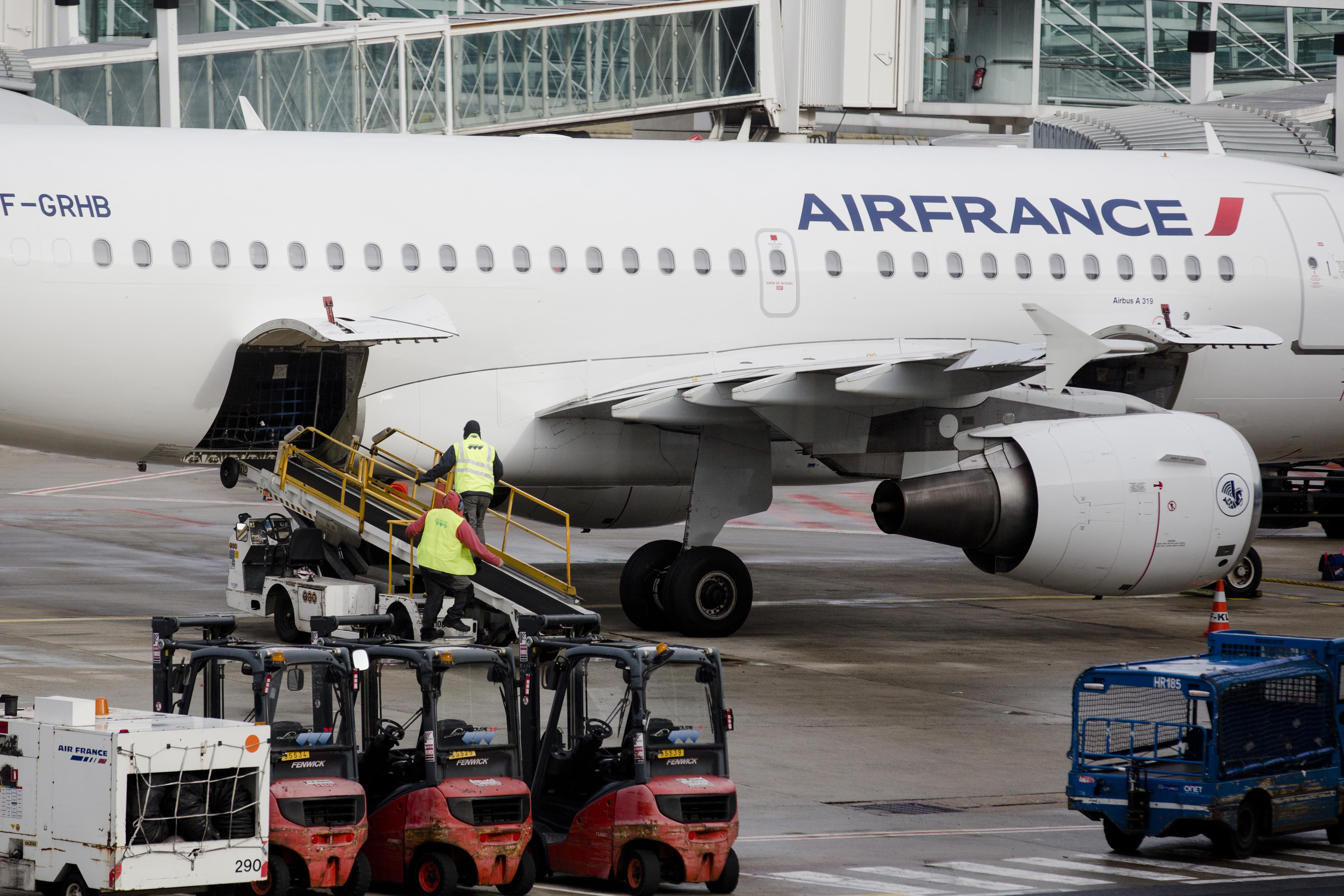 Air France-KLM Group Flight Operations At Charles de Gaulle Airport